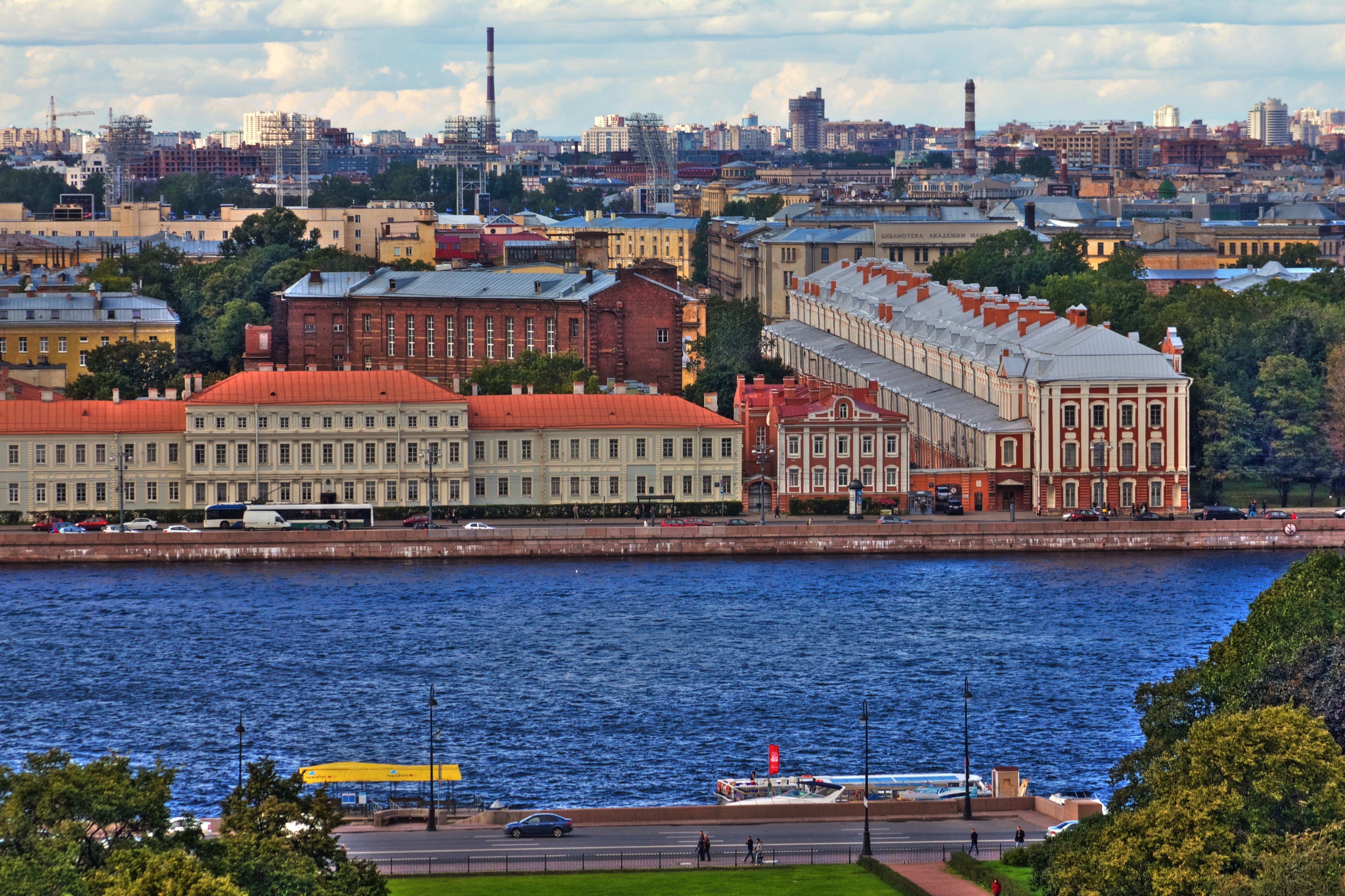 Building Saint Petersburg 5184x3456