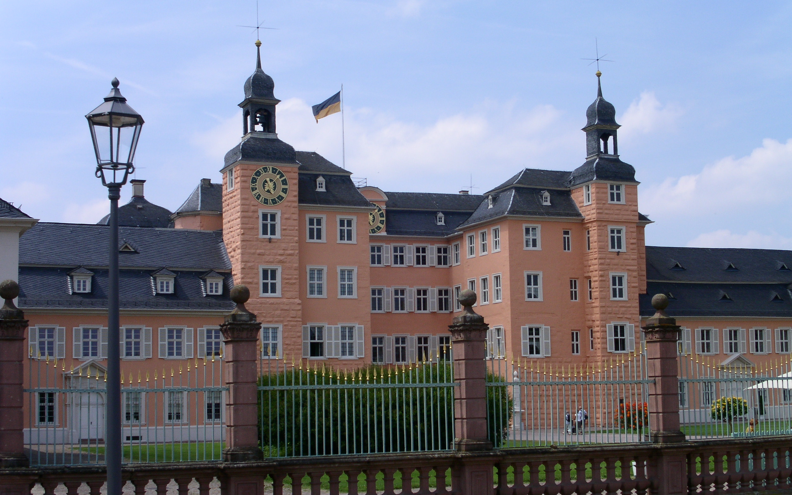 Man Made Schwetzingen Palace 2560x1600