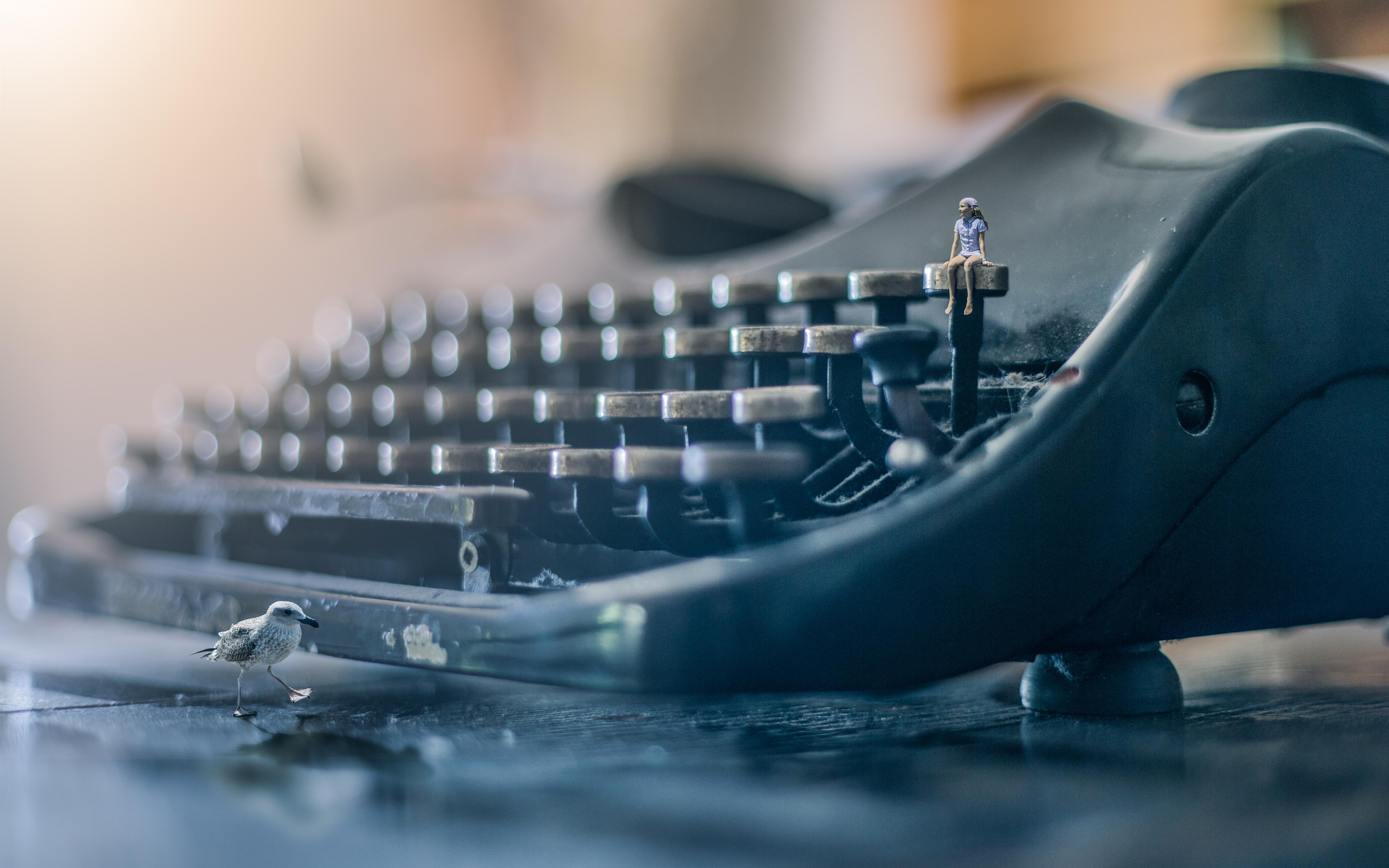 Bird Bokeh Girl Typewriter 5472x3420
