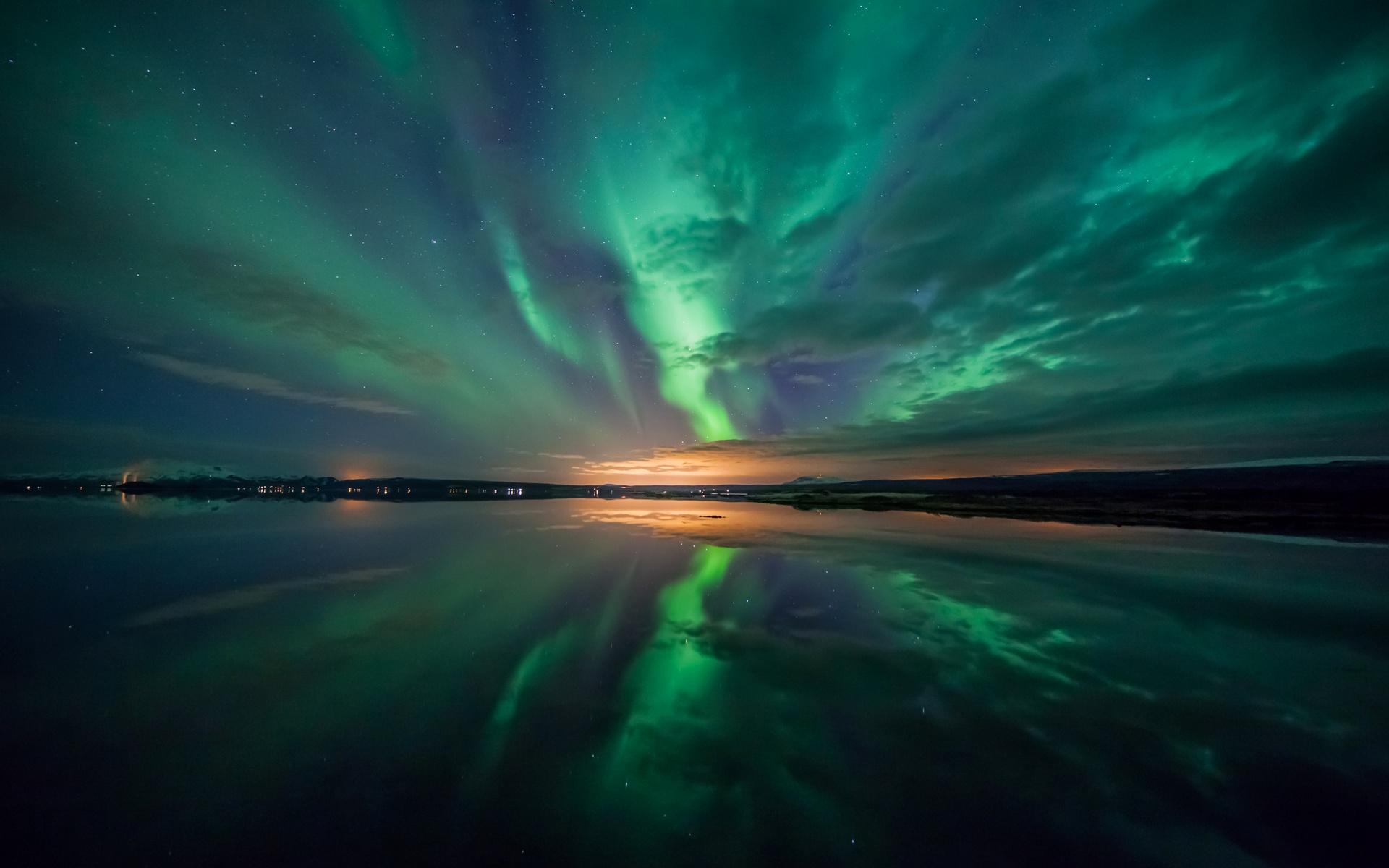 Aurora Borealis Night 1920x1200