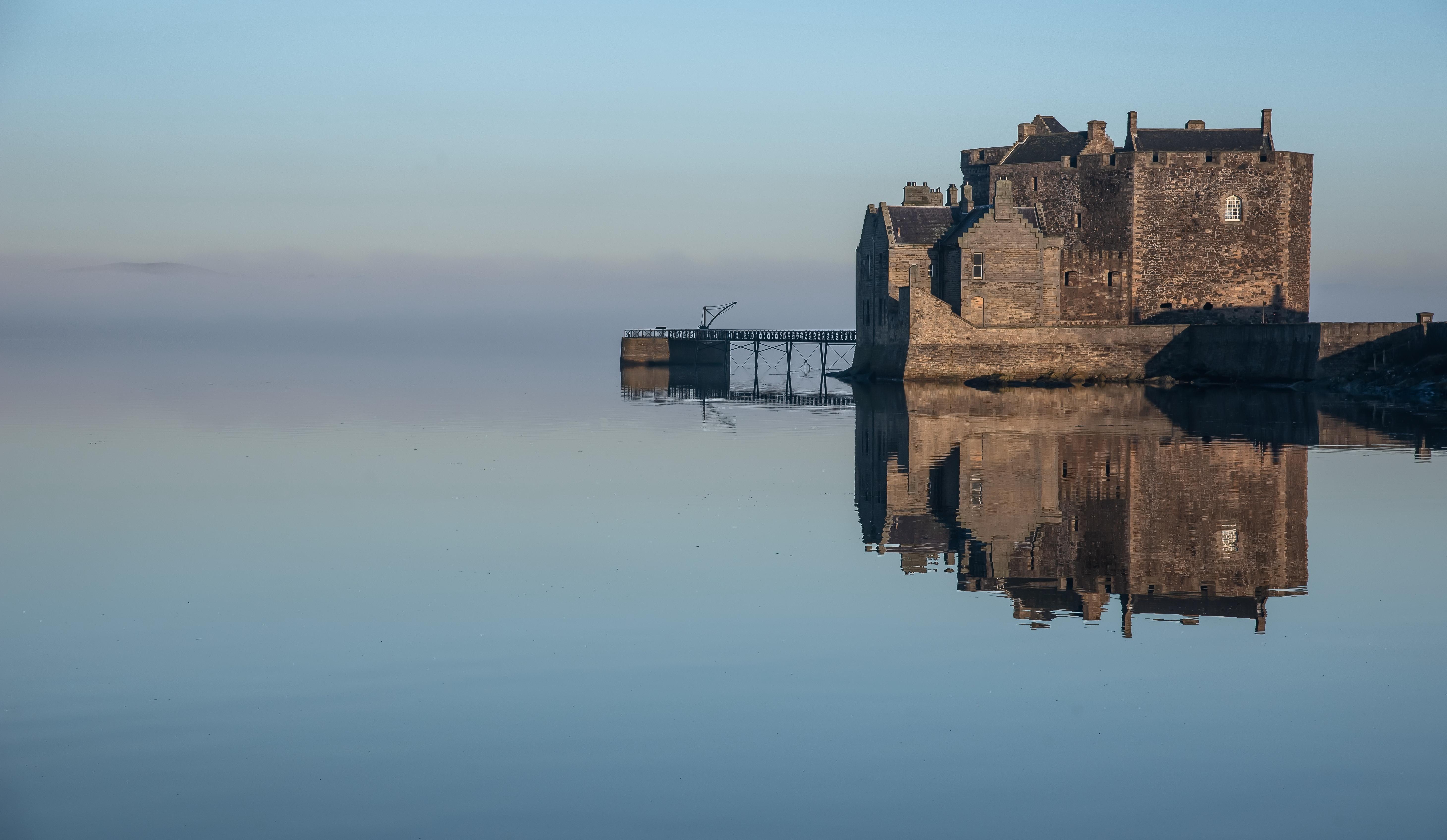 Castle Fog Reflection Scotland 5841x3393
