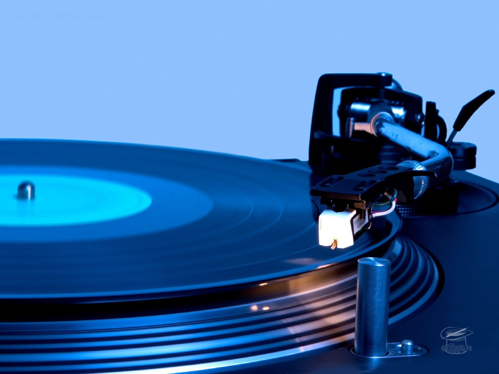 Music DJ 1600x1200