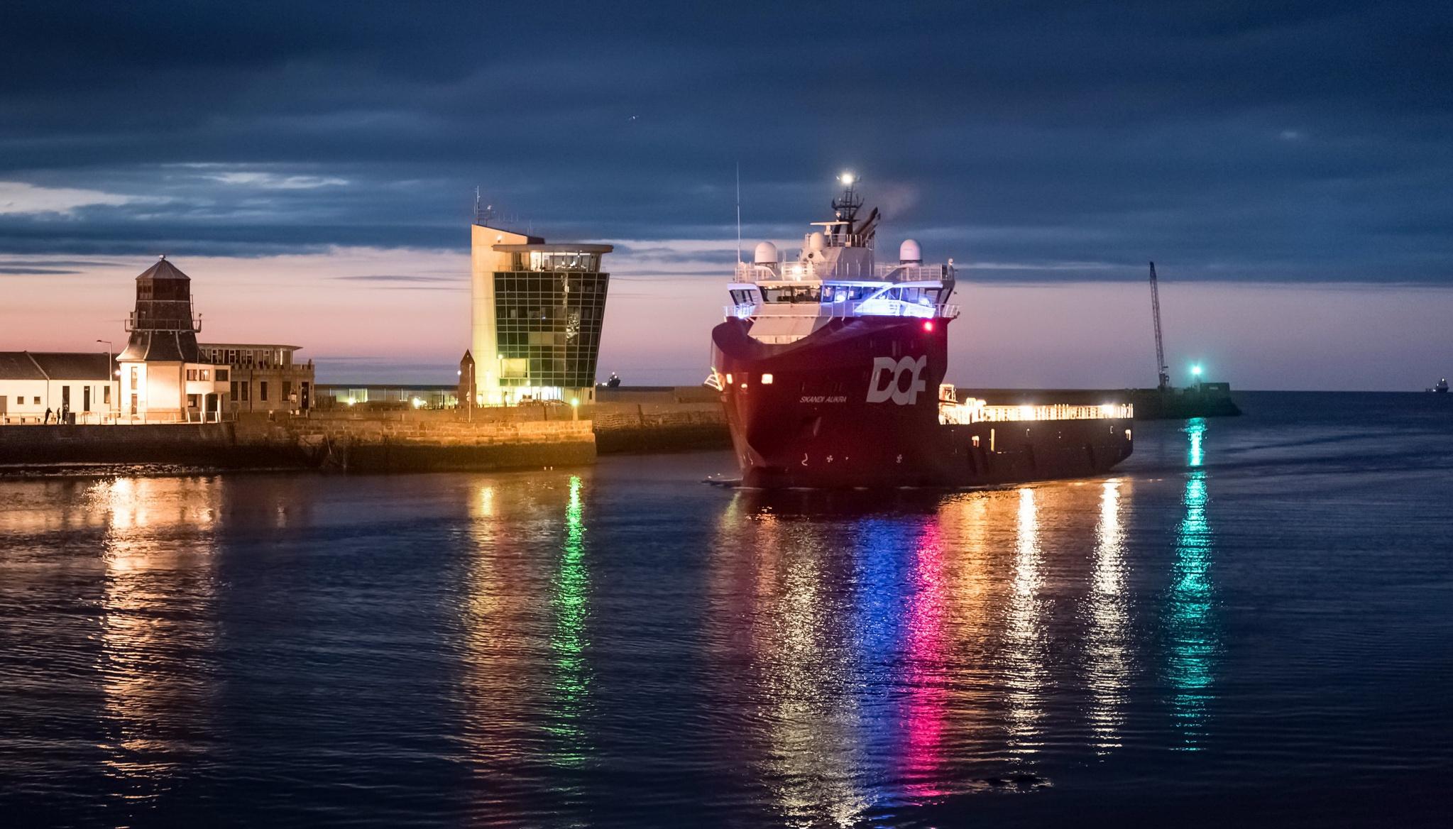 Scotland Aberdeen City Harbor Ship Vehicle 2047x1168
