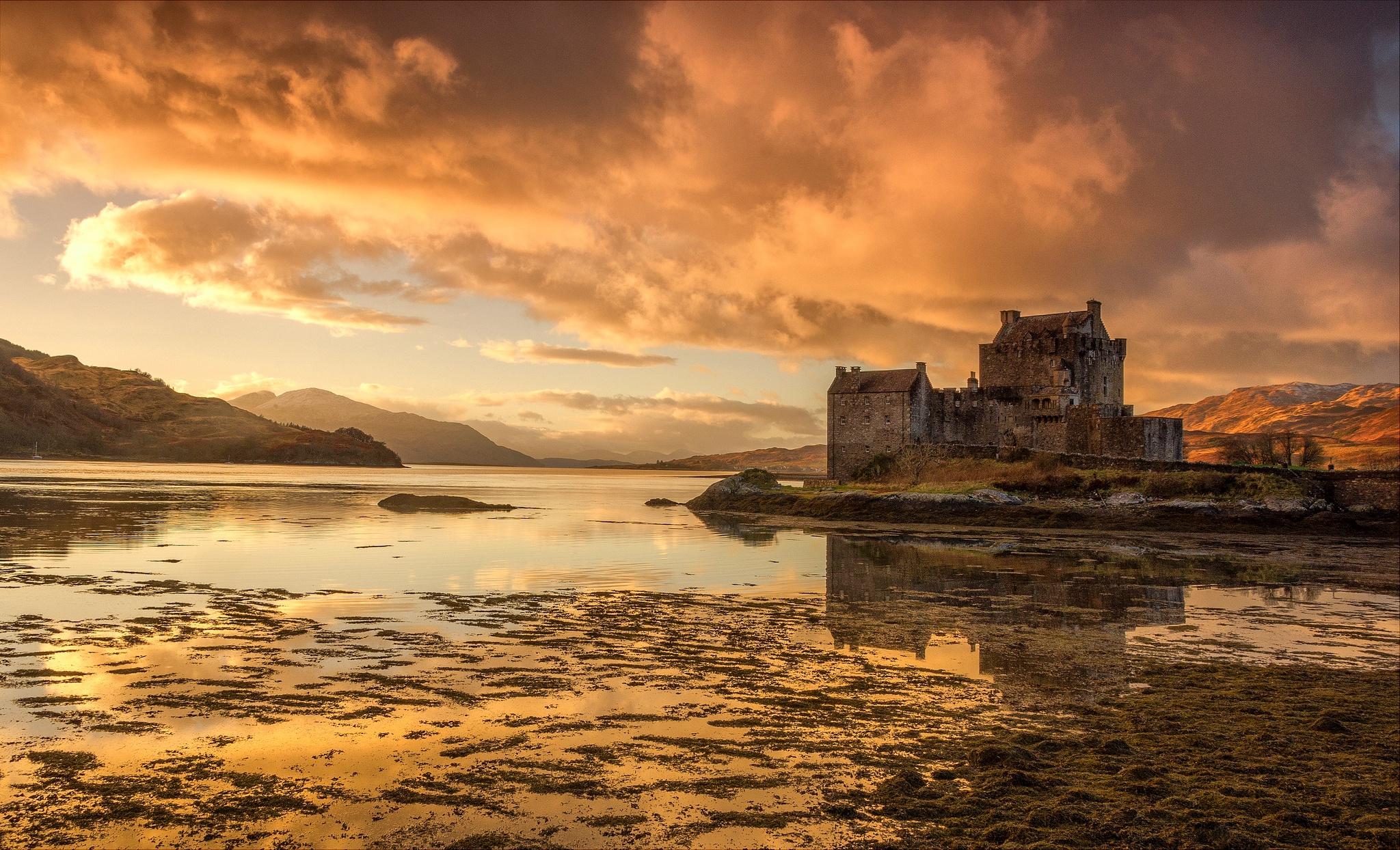 Building Castle Cloud Eilean Donan Castle Lake Landscape Reflection Scotland 2048x1244