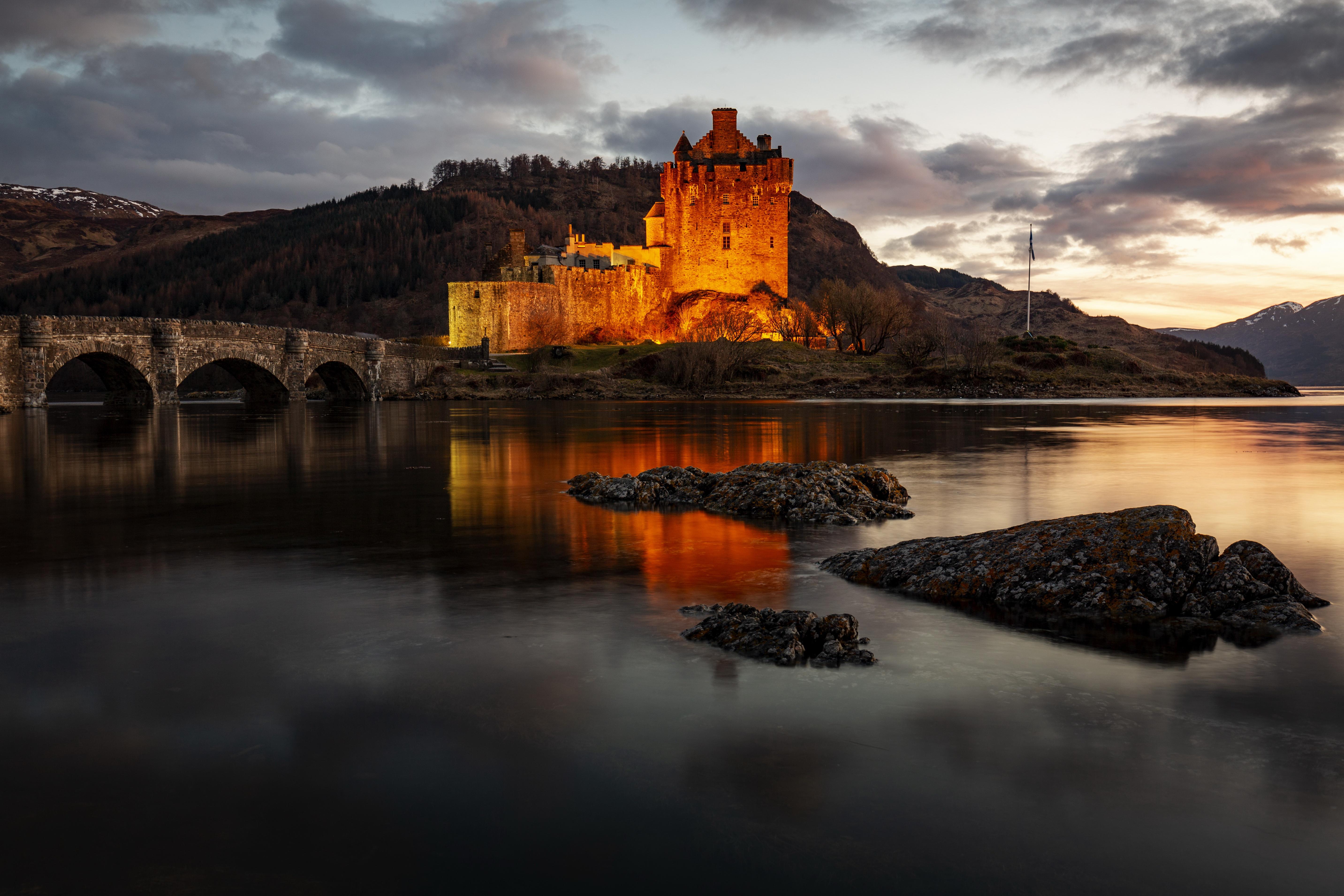 Bridge Castle Eilean Donan Castle Lake Scotland 5730x3820