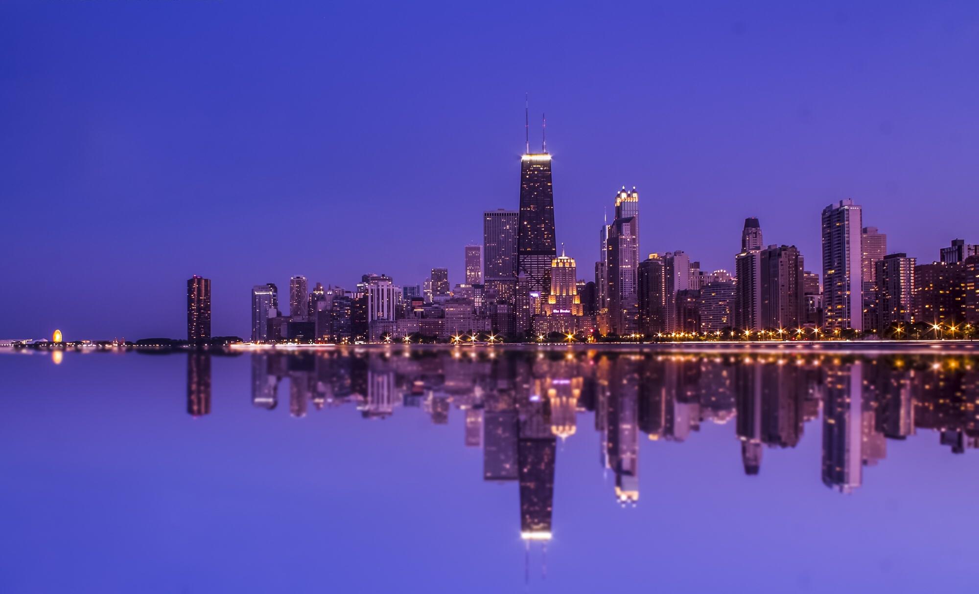 Building Chicago City Night Reflection Skyscraper Usa 2000x1215