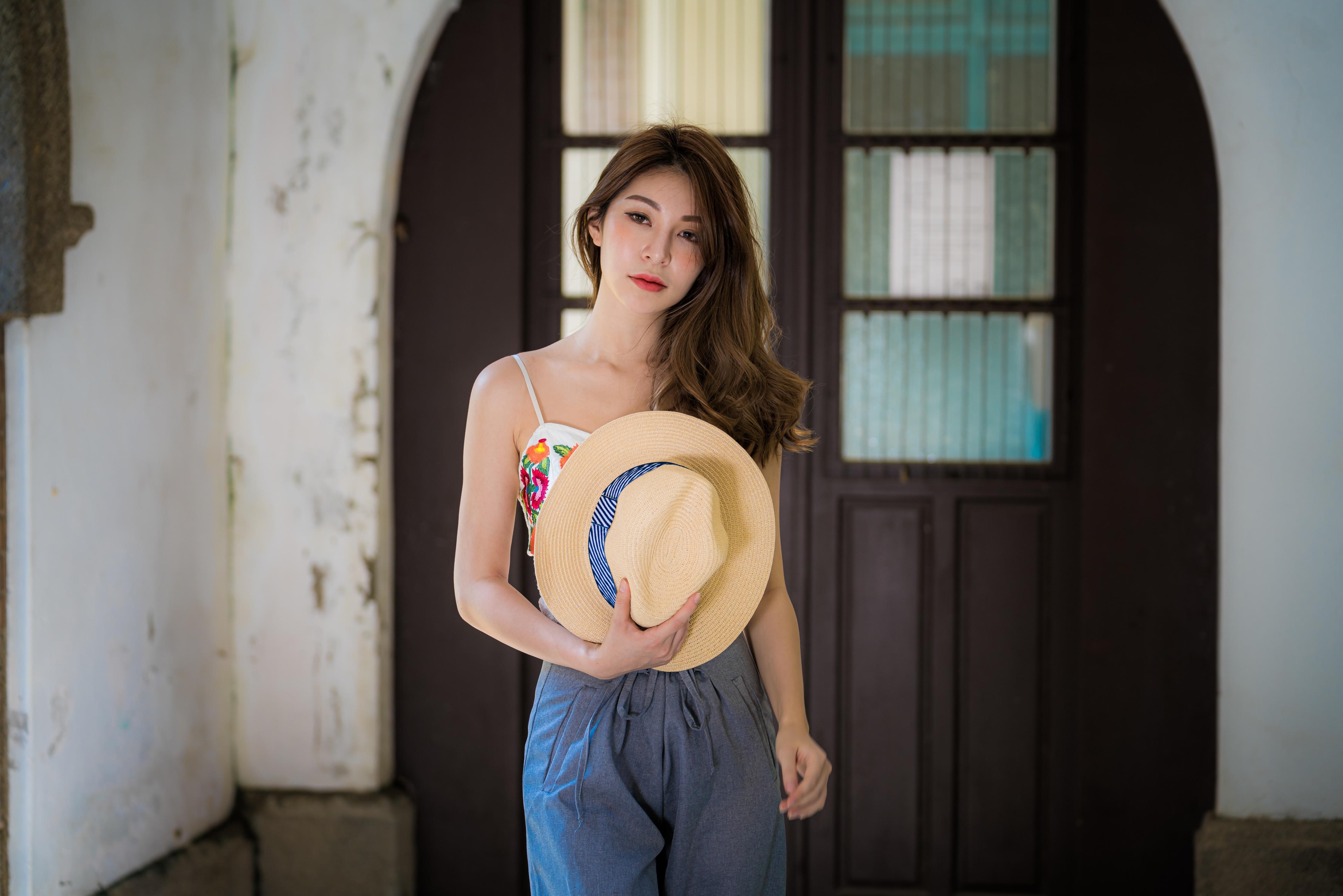Asian Brunette Girl Hat Lipstick Model Woman 4500x3002