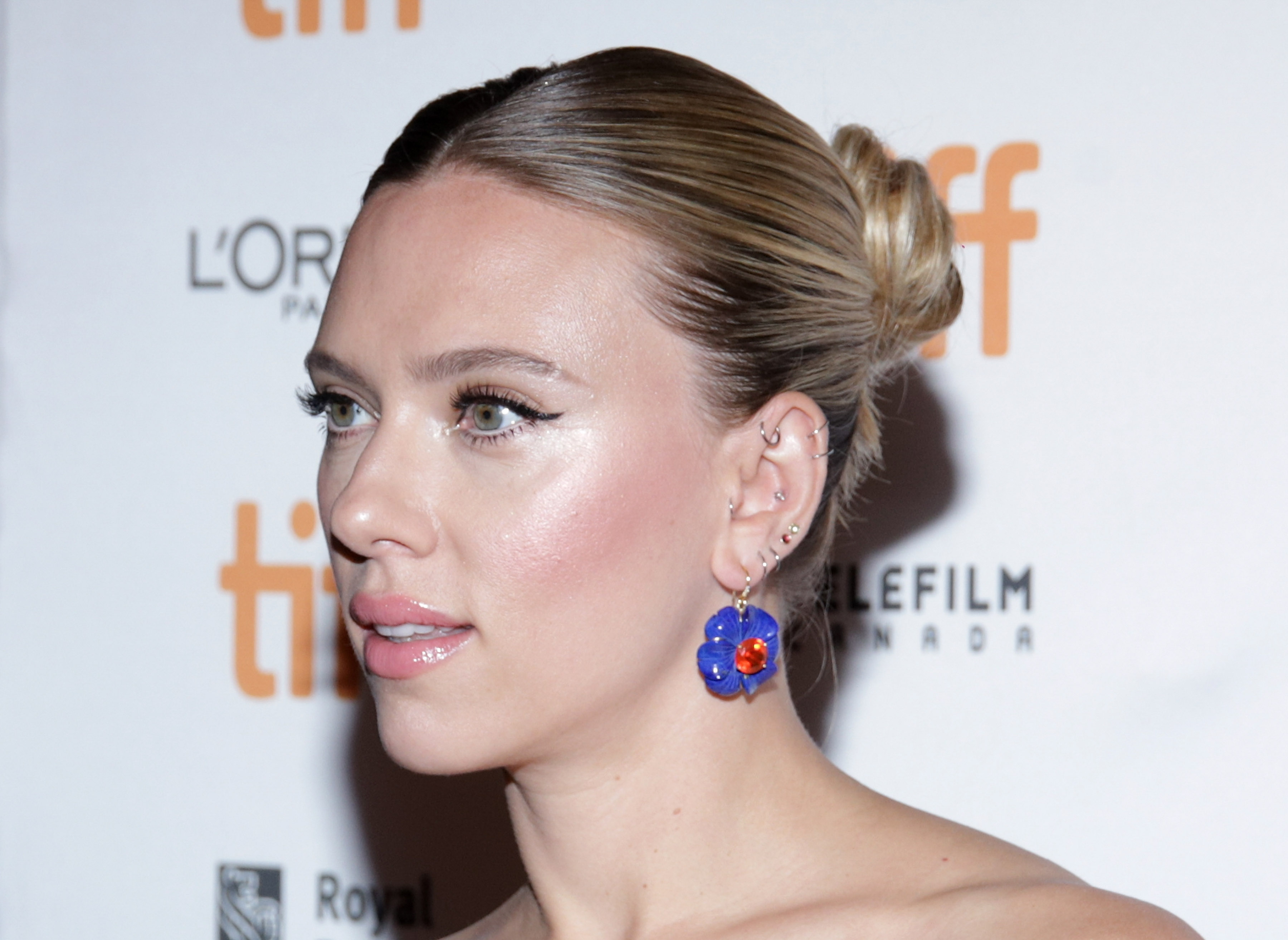 Actress American Close Up Earrings Face Green Eyes Scarlett Johansson 3600x2626