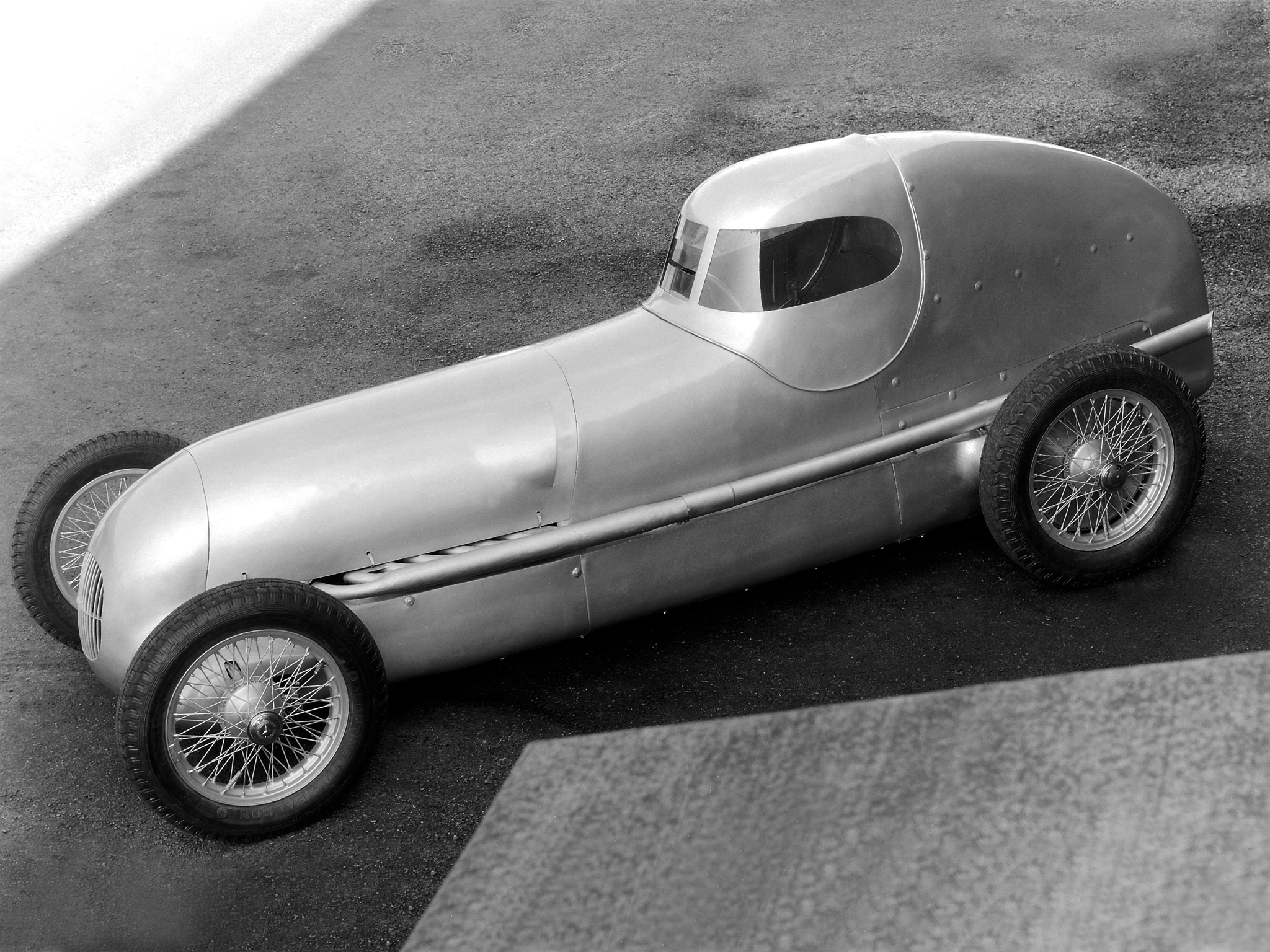 Vehicles Mercedes 2048x1536