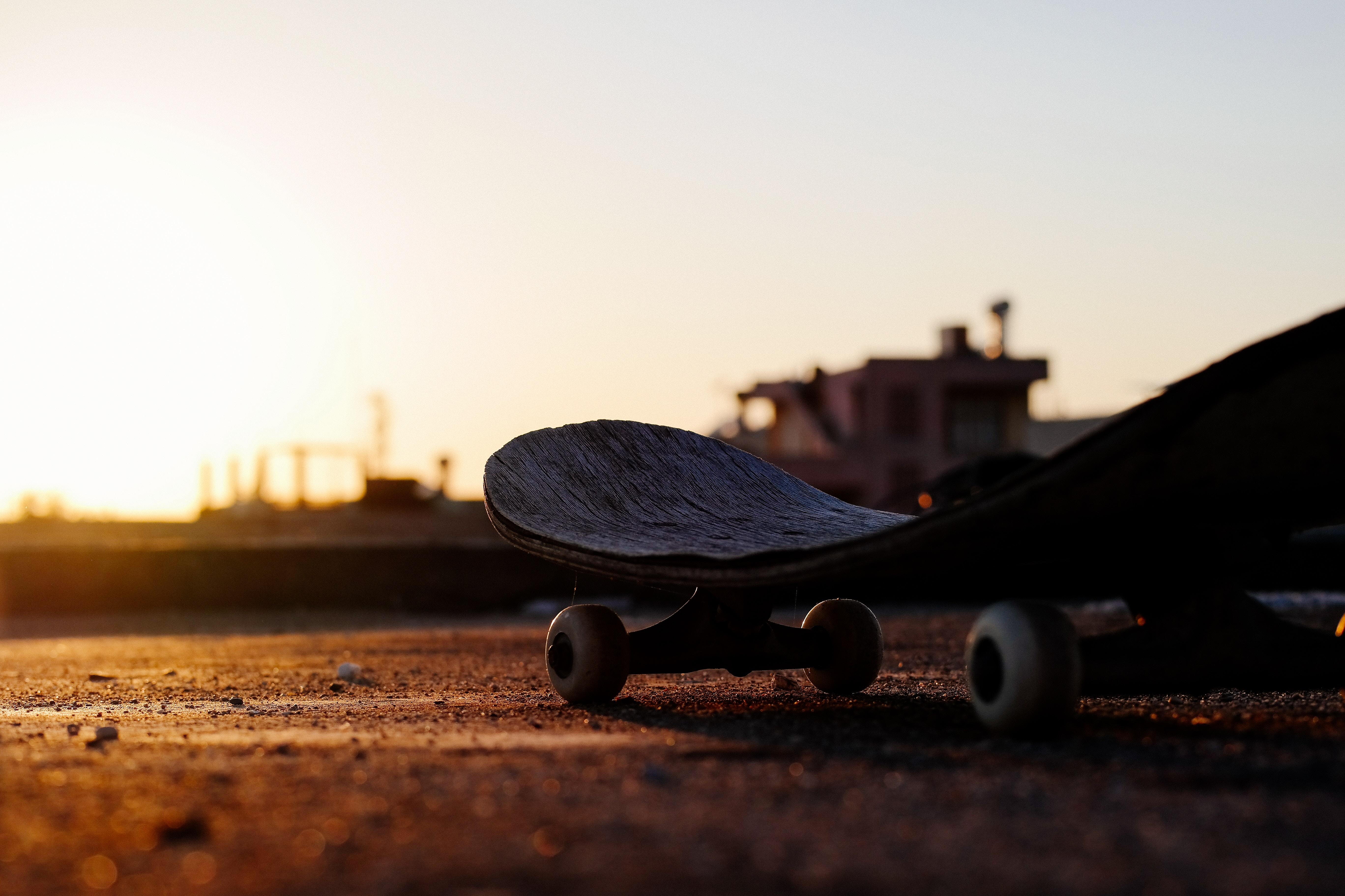 Skateboard 5472x3648