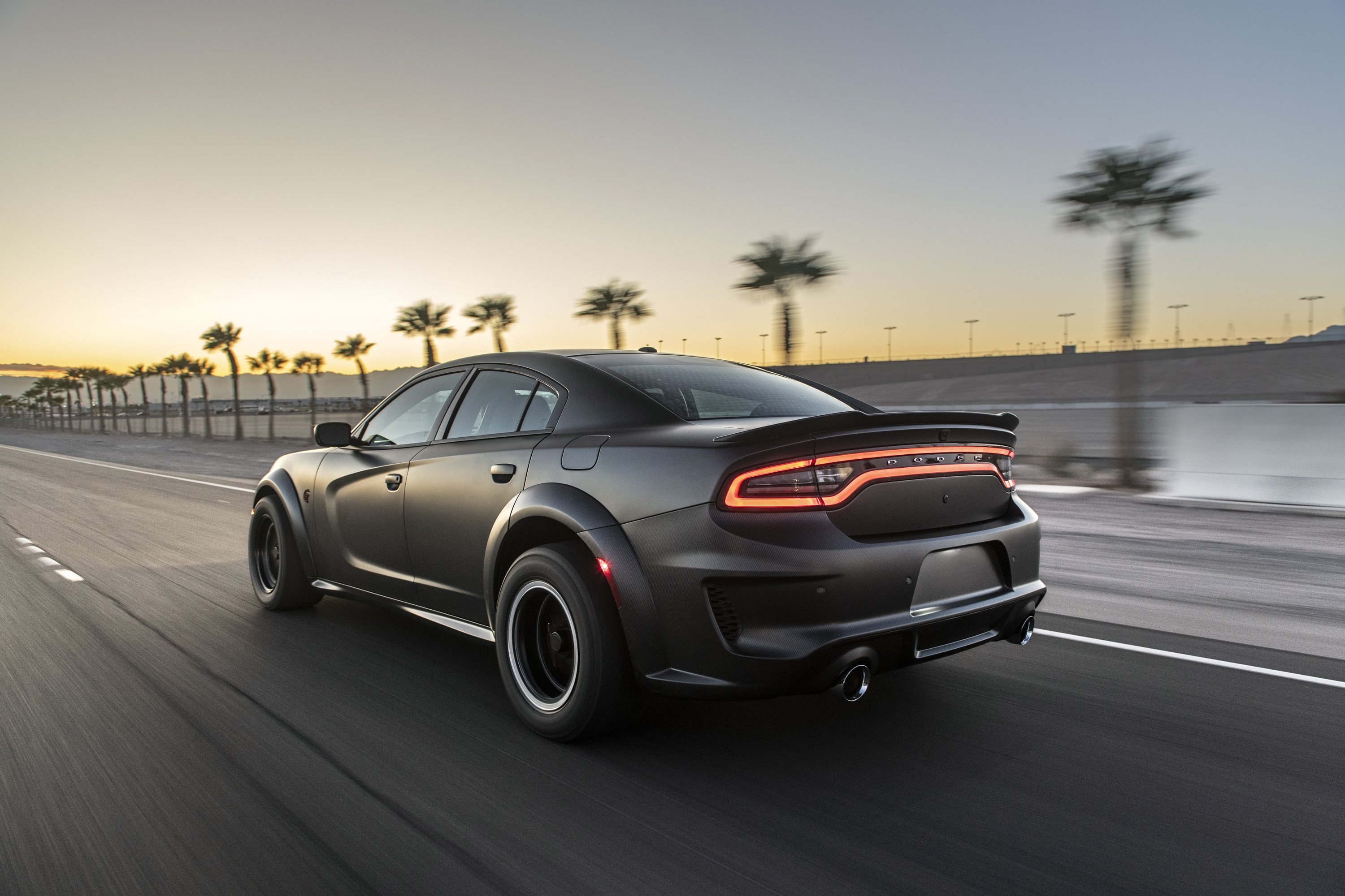 Dodge Charger 3000x2000