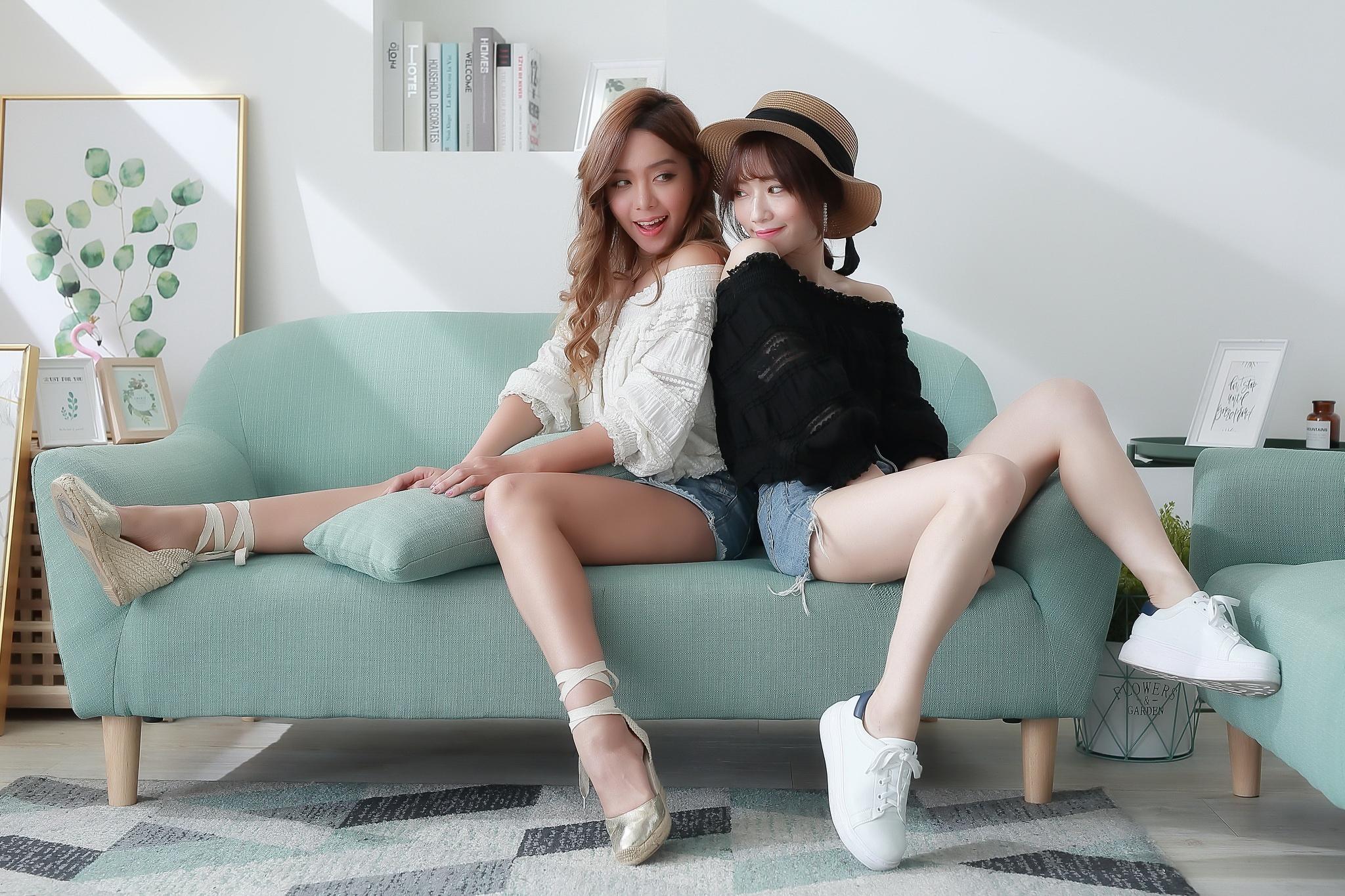 Asian Brunette Girl Hat Model Smile Sofa Woman 2048x1365