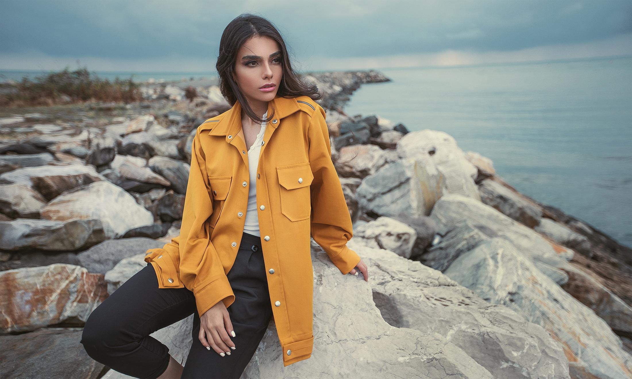 Brunette Coat Depth Of Field Girl Model Woman 2200x1320