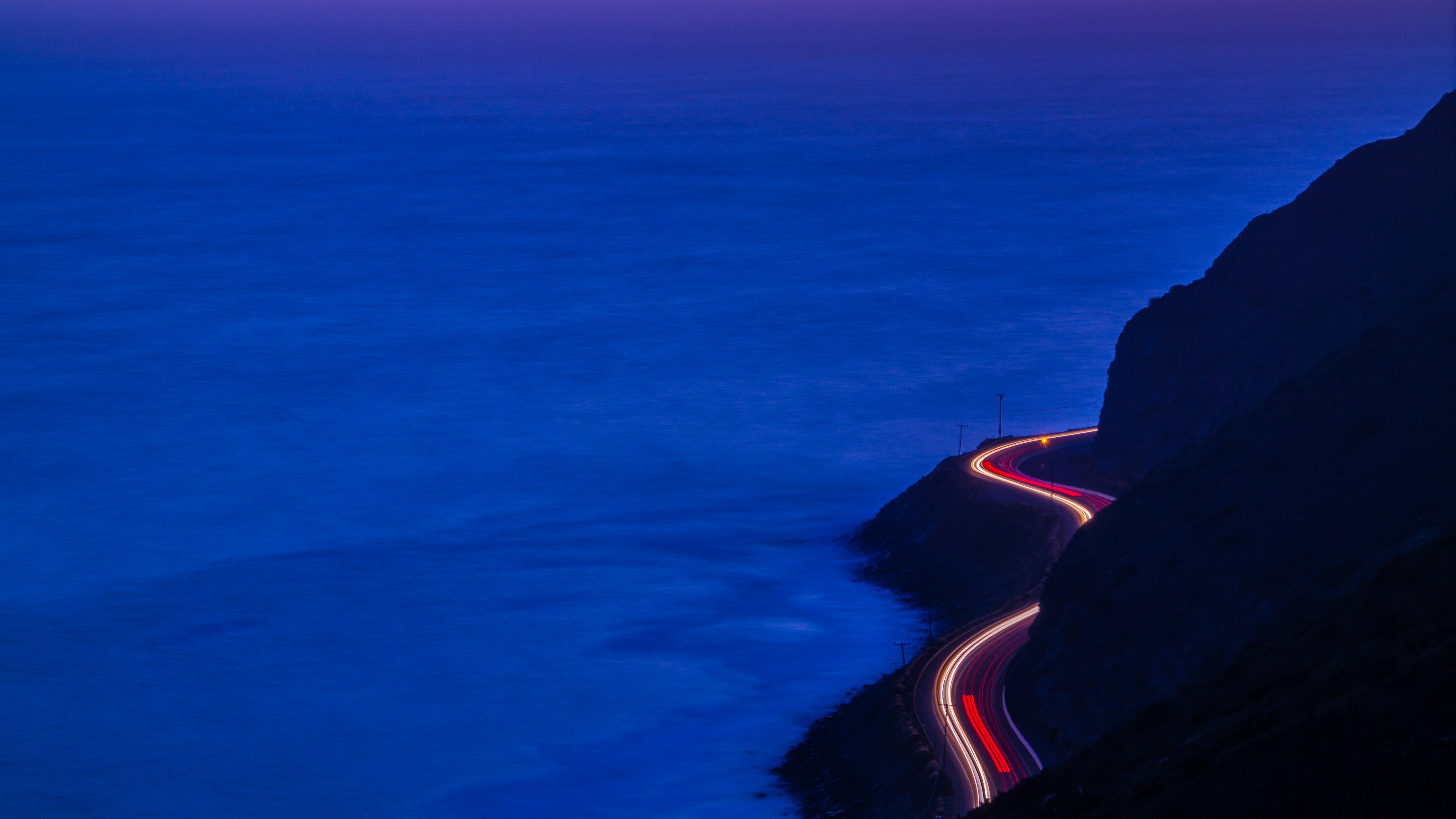 Coastline Night Road 5120x2880