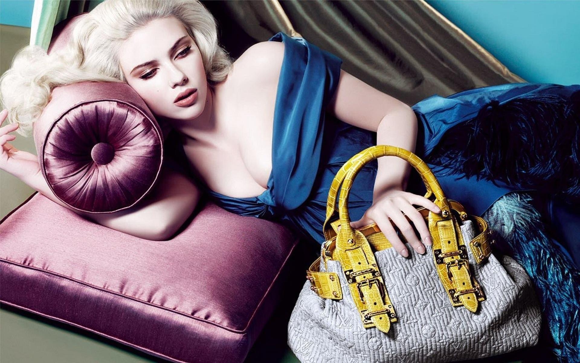 Scarlett Johansson 1920x1200