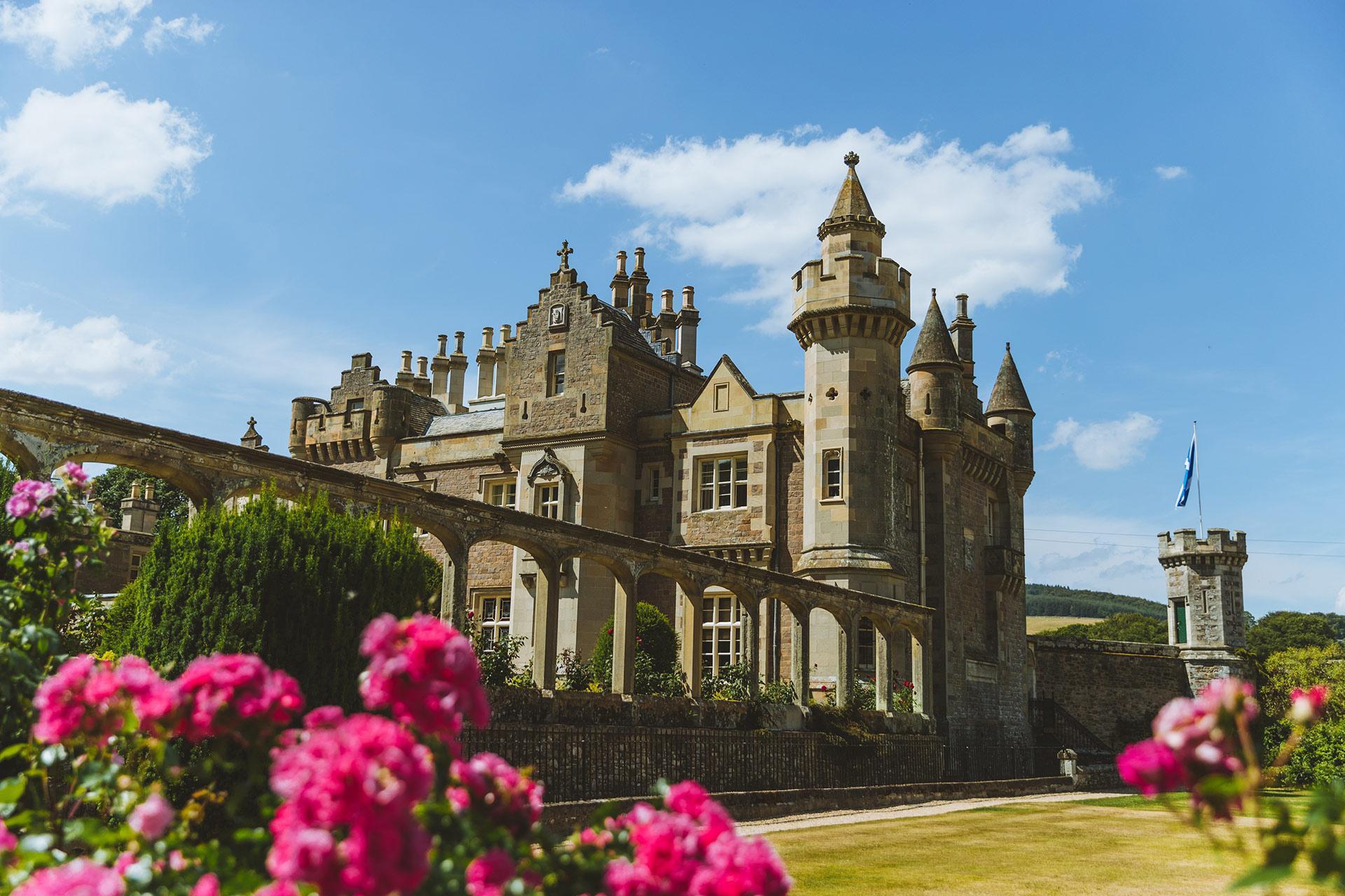 Palace Scotland 1920x1280