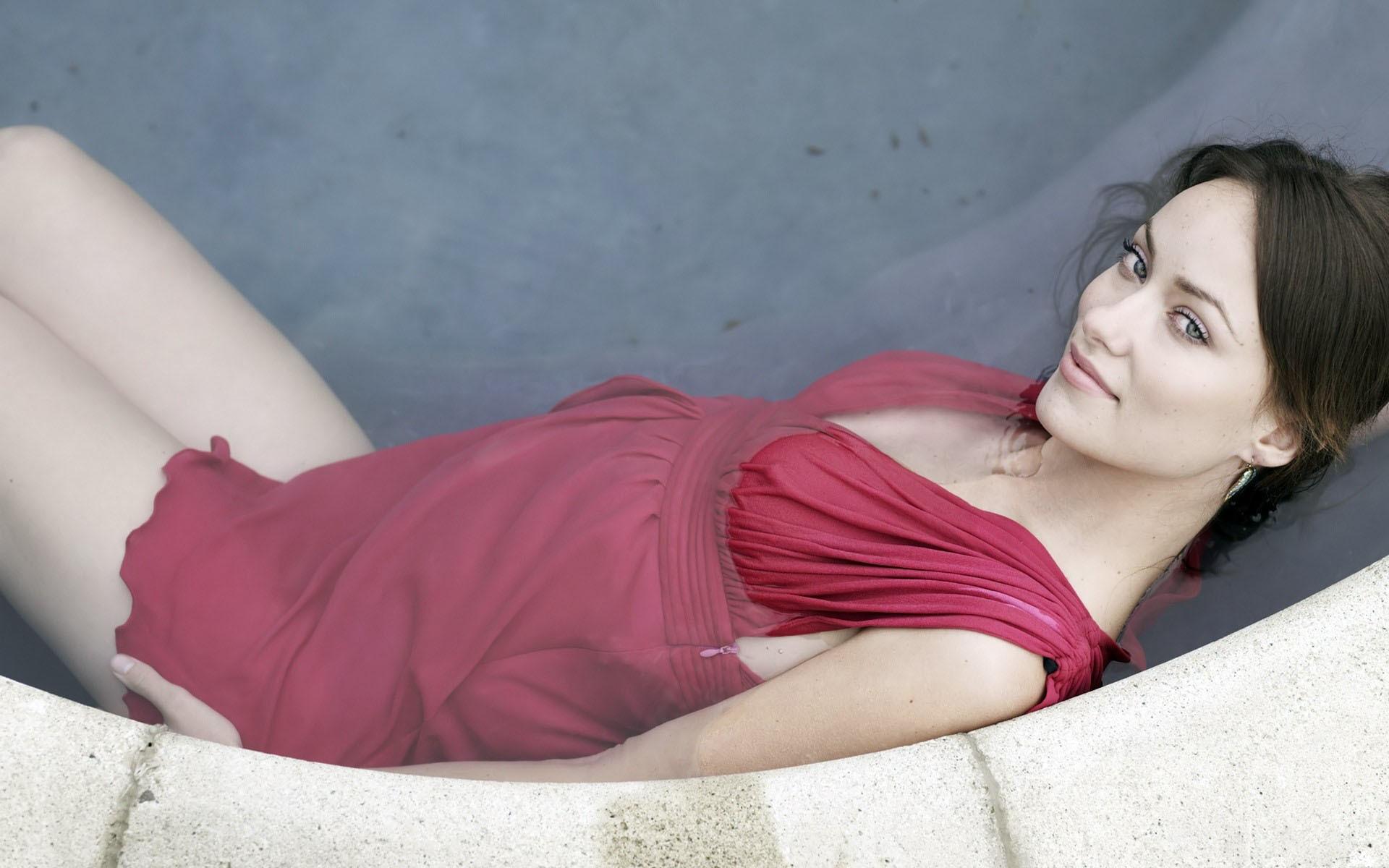 Olivia Wilde 1920x1200