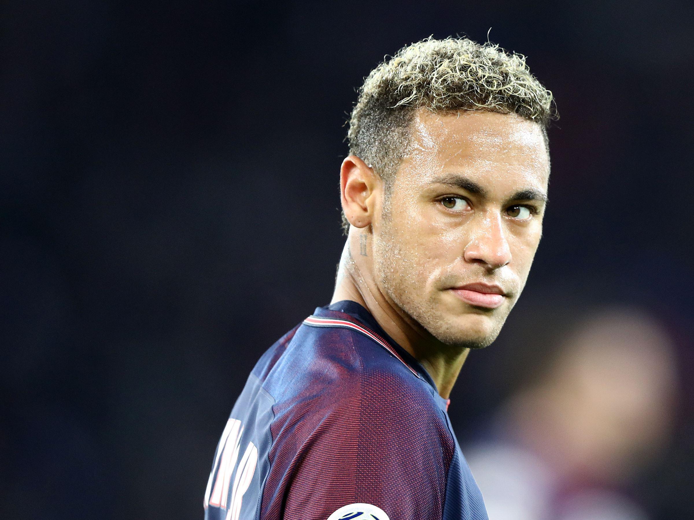Brazilian Neymar Soccer 2400x1799