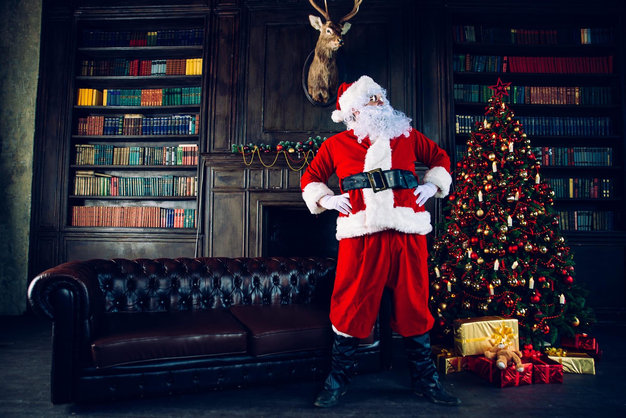 Christmas Tree Gift Room Santa 2000x1335