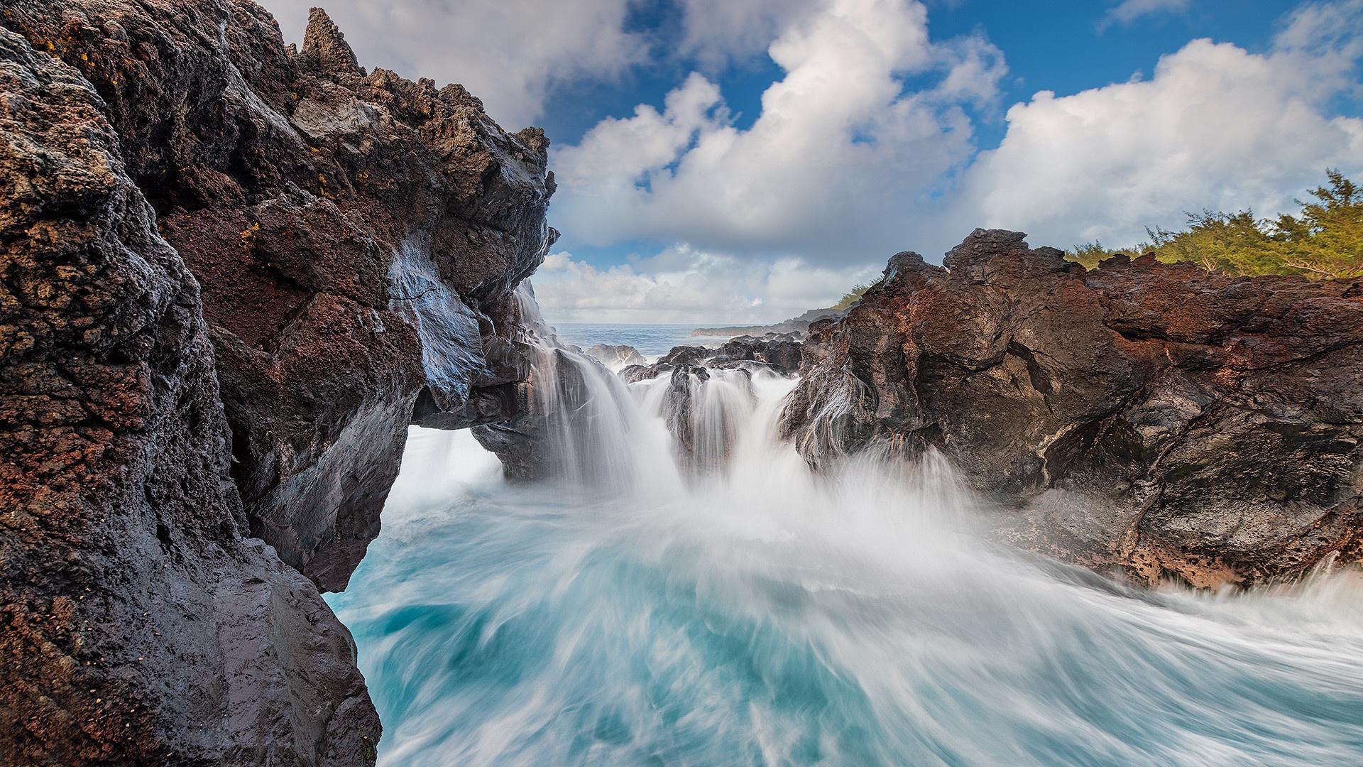 Indian Ocean Coast Water Rock Nature La Reunion Island 1920x1080