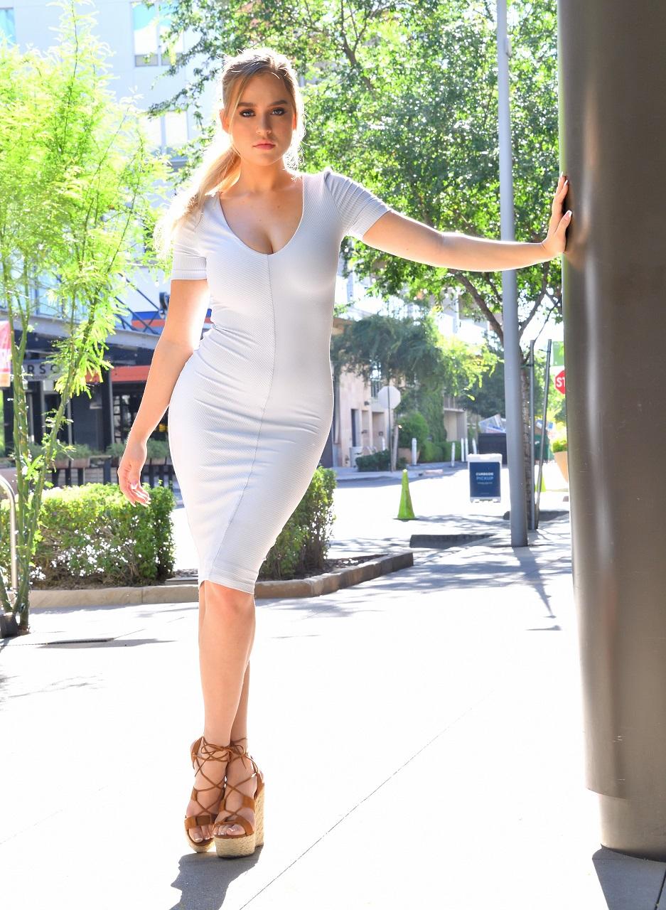 Women Blonde Tight Dress Dress 937x1280