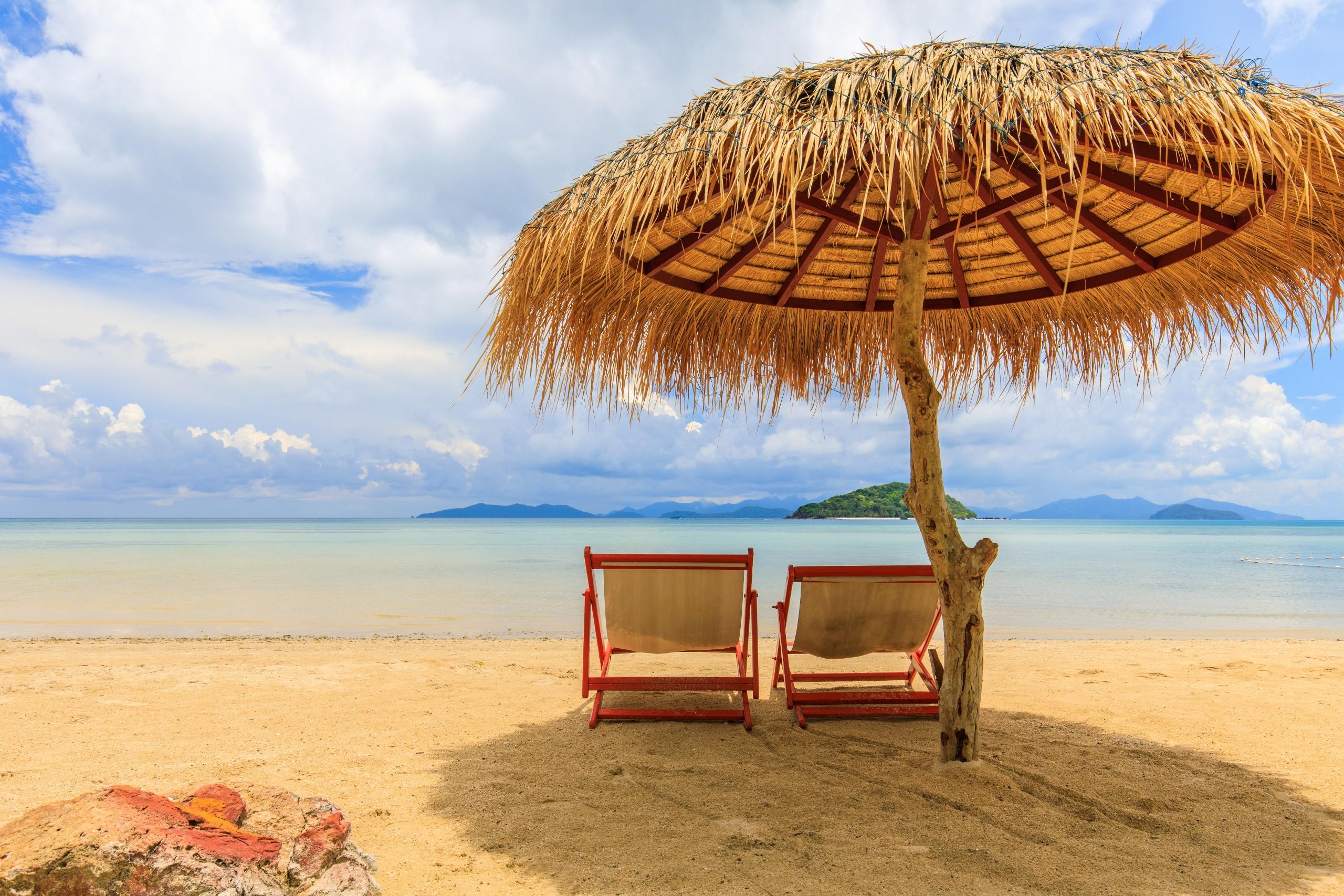 Outdoors Beach Sky Sea Deck Chairs 2560x1707