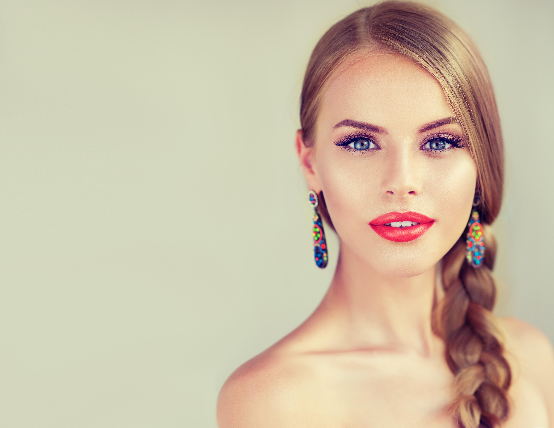 Girl Makeup Braid Earrings Lipstick Blonde Blue Eyes 6000x4635