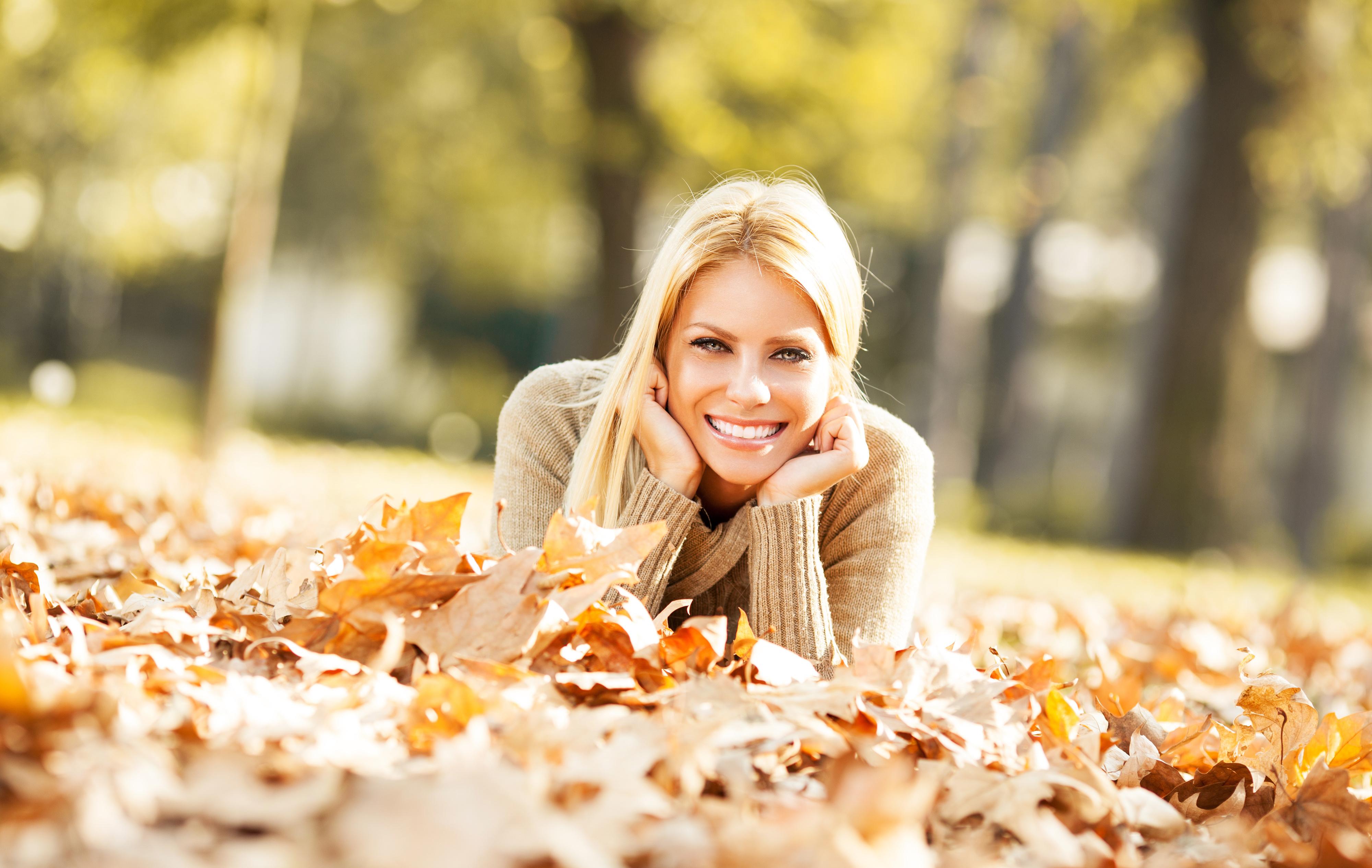 Woman Girl Blonde Smile Depth Of Field Leaf 4000x2532