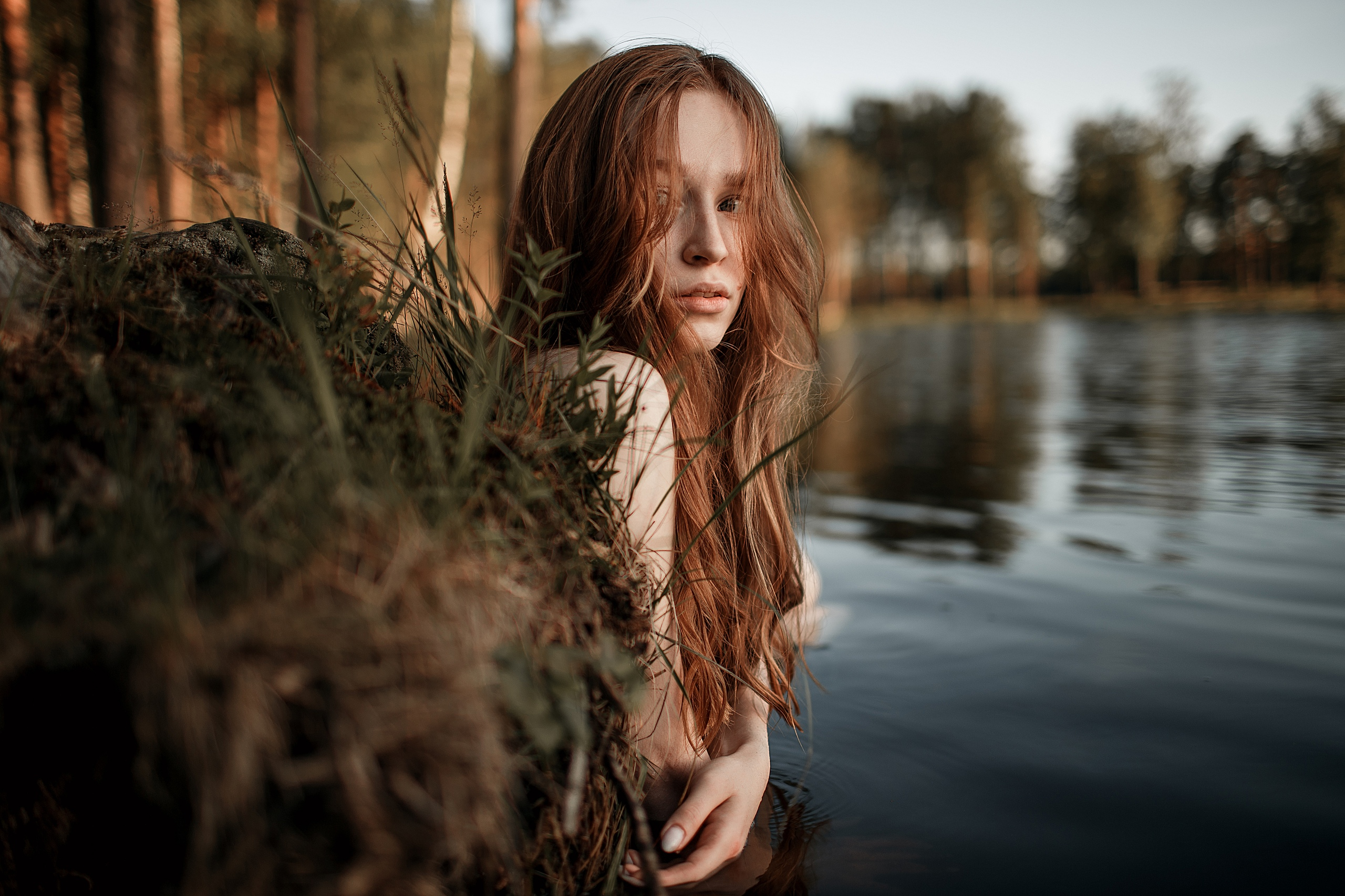 Women Model Redhead Parted Lips Looking Away Lake Depth Of Field Portrait Outdoors Women Outdoors 2560x1707