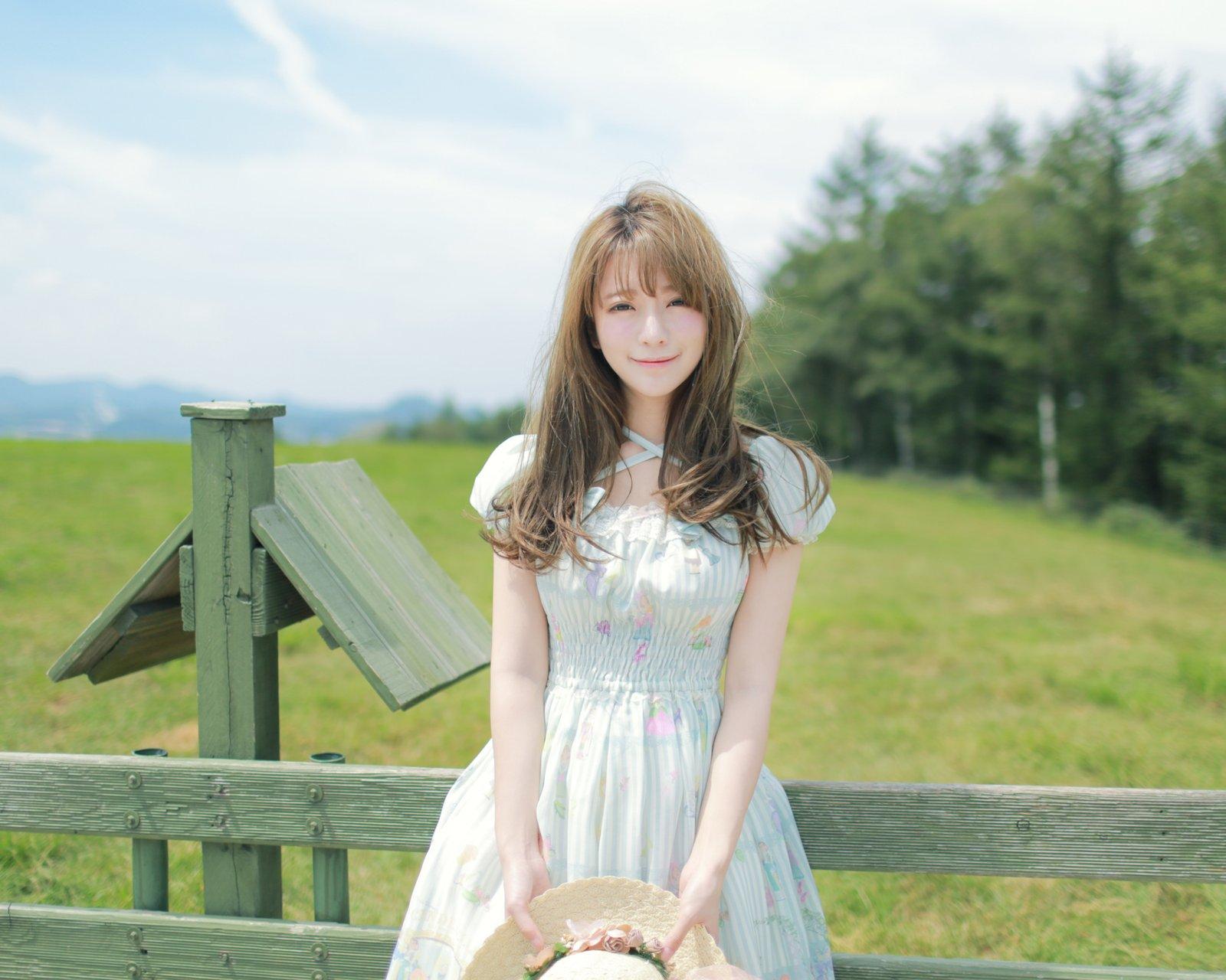 Yurisa Model Korean Smile Asian 1600x1280