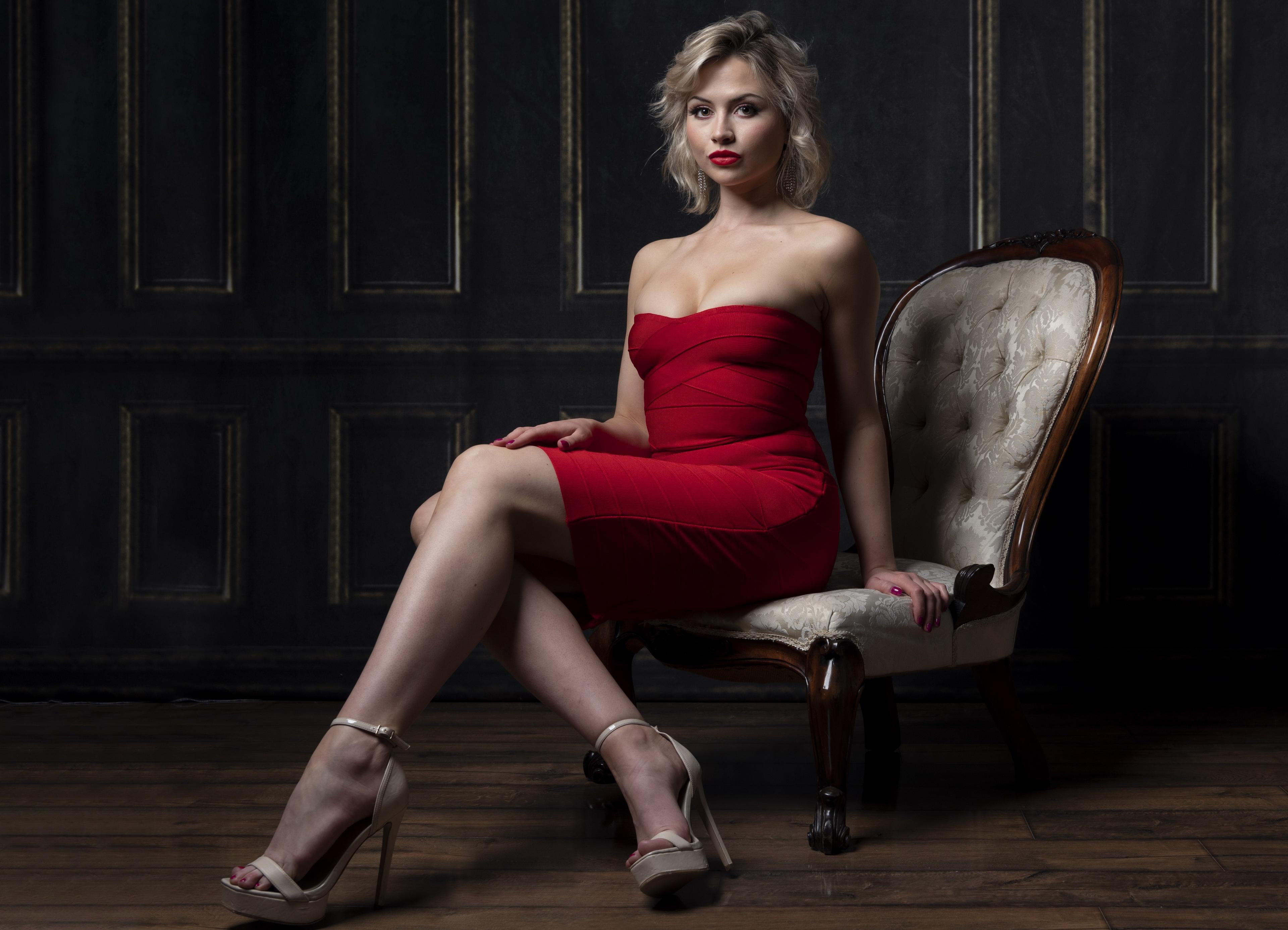 Model Women Blonde Dark Eyes Dress Red Dress Strapless Dress Lipstick Red Lipstick Bare Shoulders Le 3840x2773