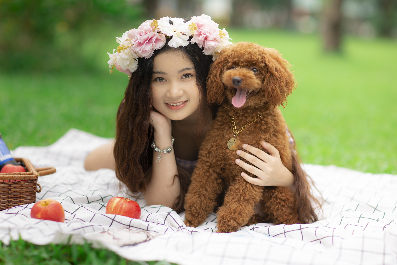 Asian Model Women Women Outdoors Long Hair Dark Hair Depth Of Field Blankets Dog Flower Crown Lying  5760x3840