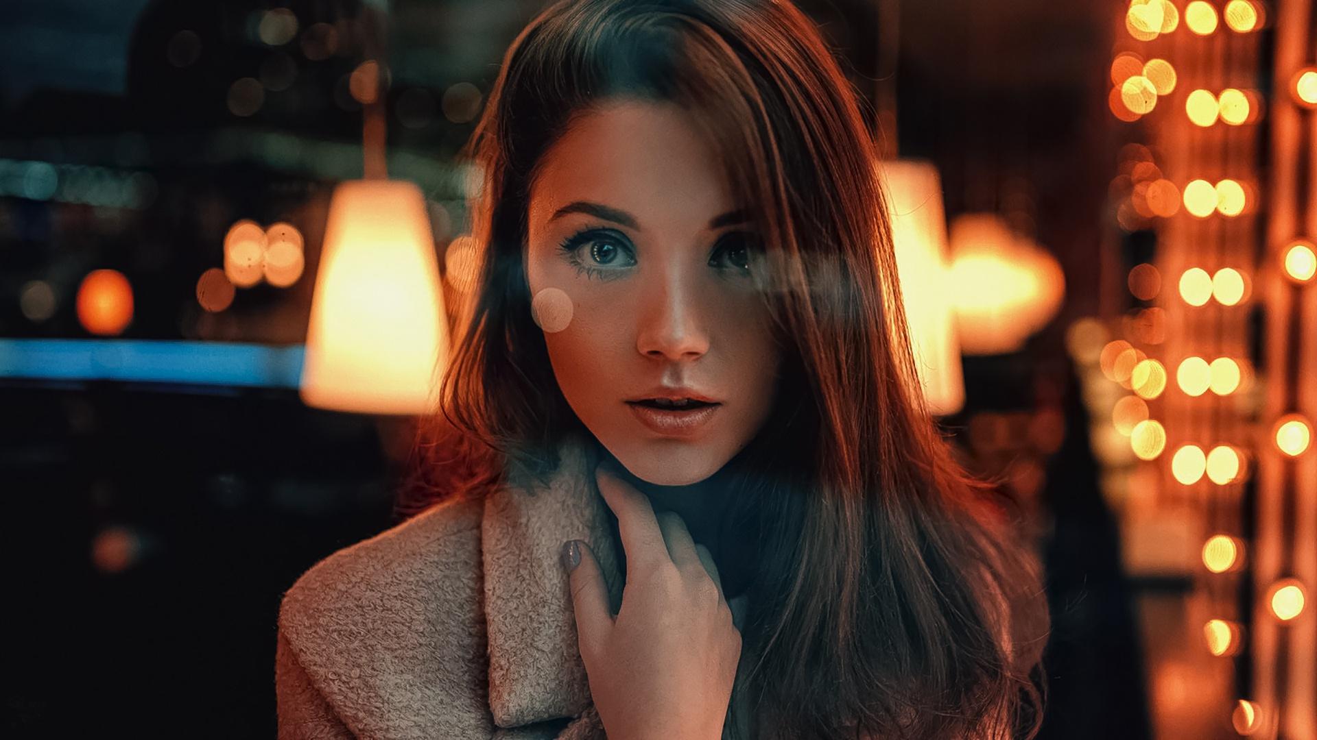 Brunette Face Girl Light Model Woman 1920x1080