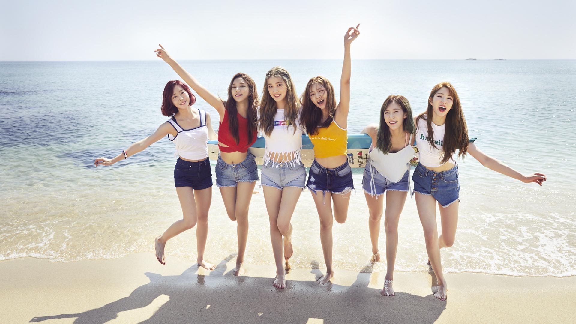 Woman K Pop Korean Asian Girl Band Beach Ocean Sea Brunette Shorts Smile Singer 1920x1080
