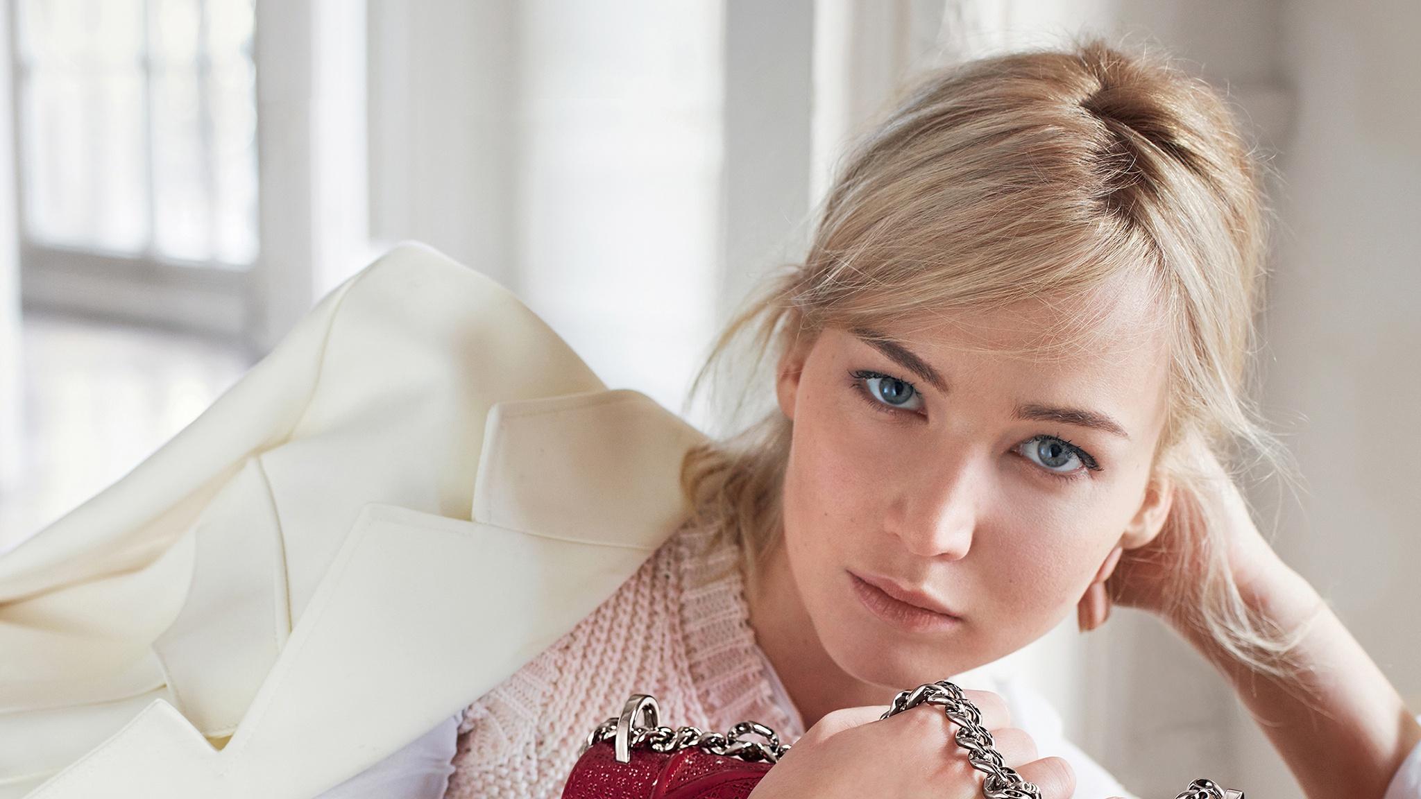 Girl Actress Blonde Blue Eyes American 2048x1152