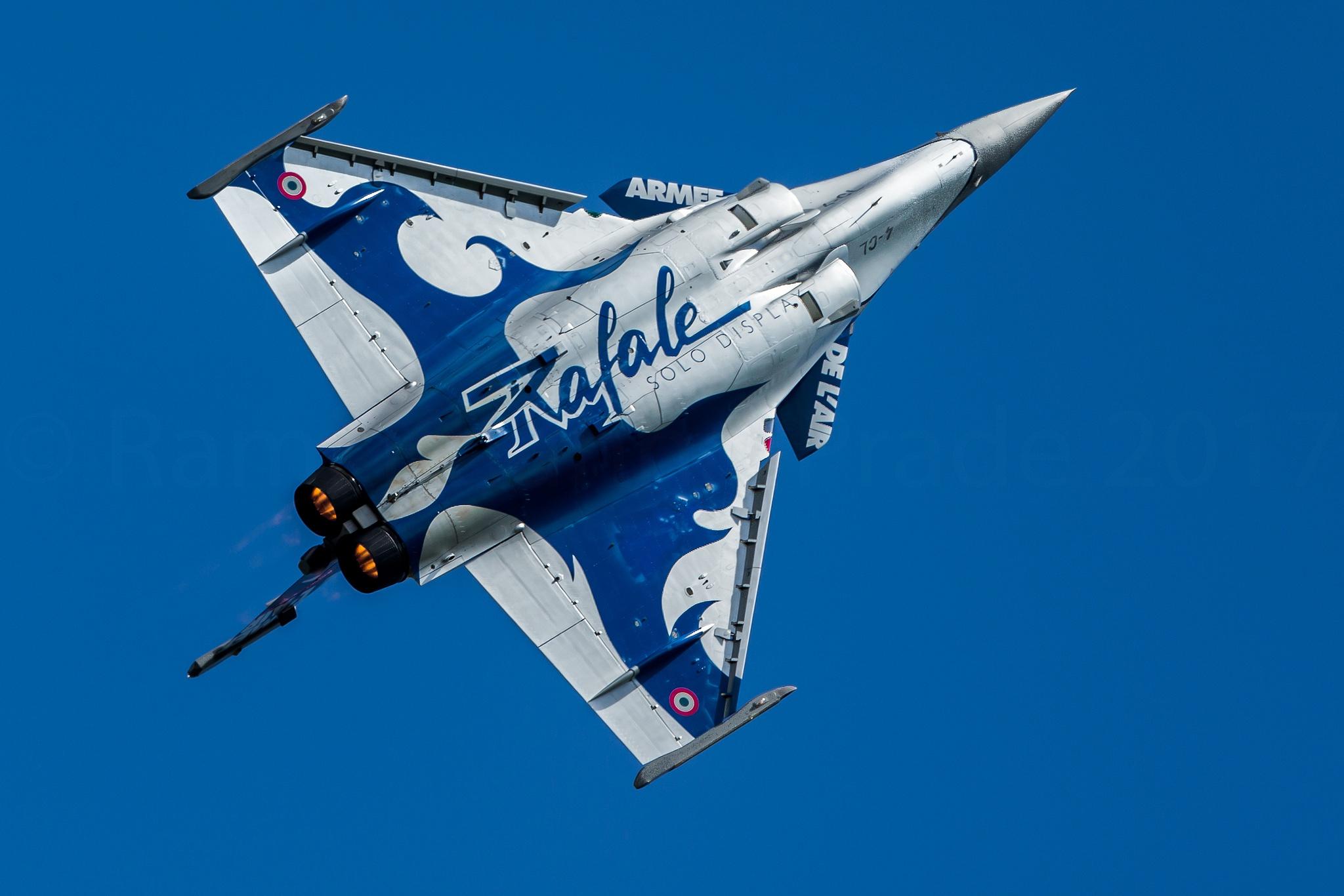 Jet Fighter Aircraft Warplane 2048x1366