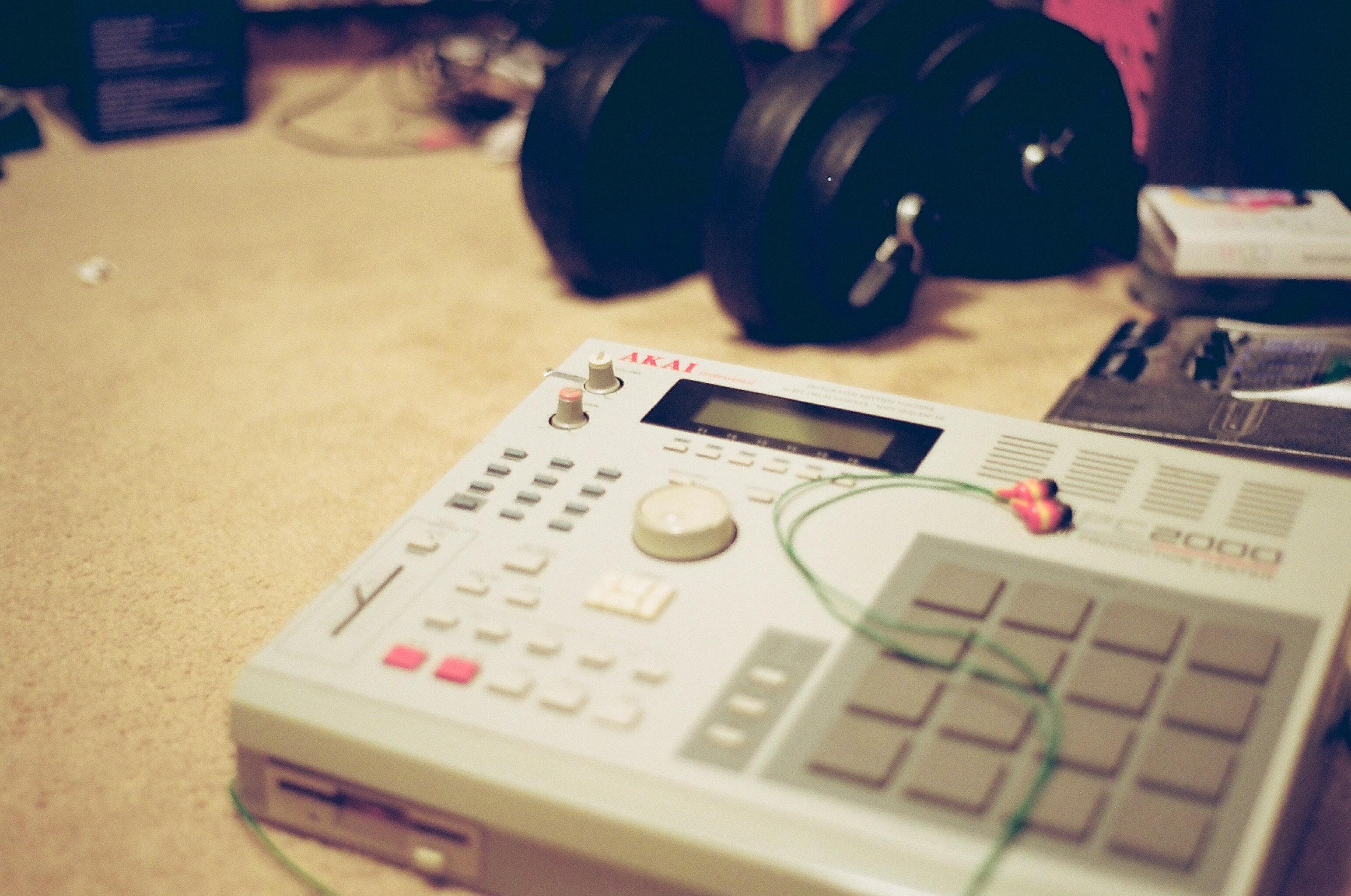 Music 3088x2048