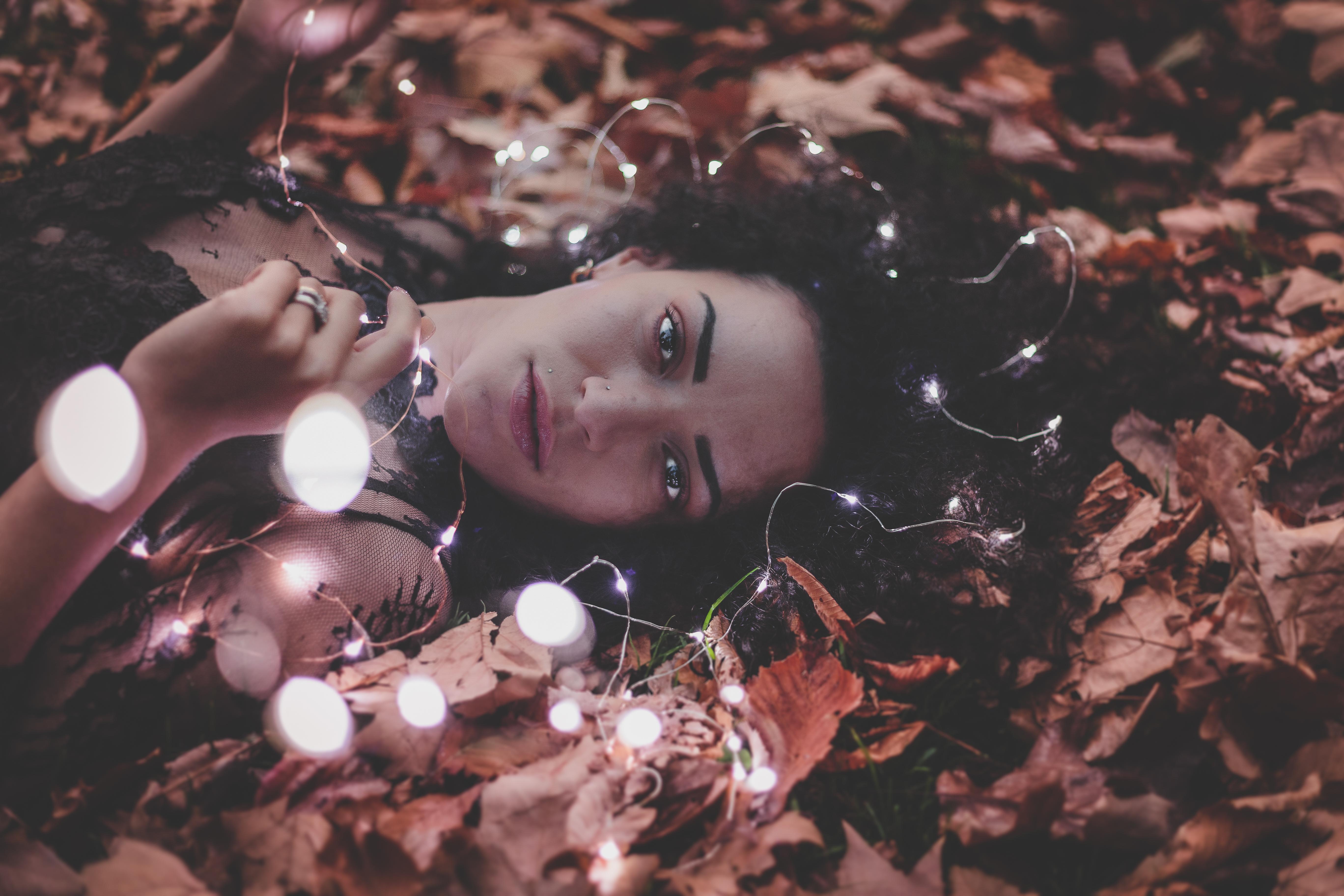 Black Hair Fall Girl Leaf Light Lipstick Lying Down Model Woman 5472x3648