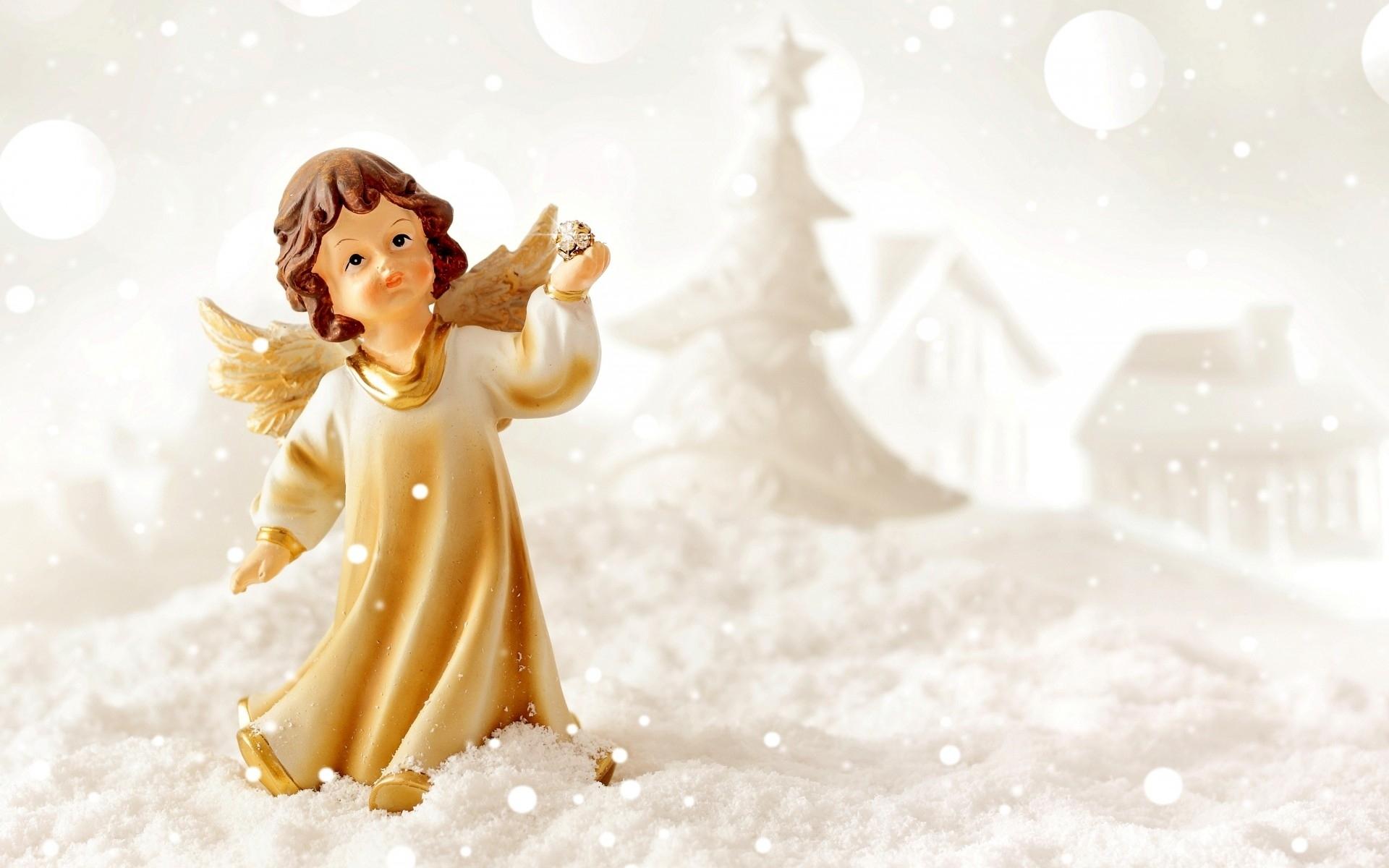 Angel Figurine Tree White 1920x1200