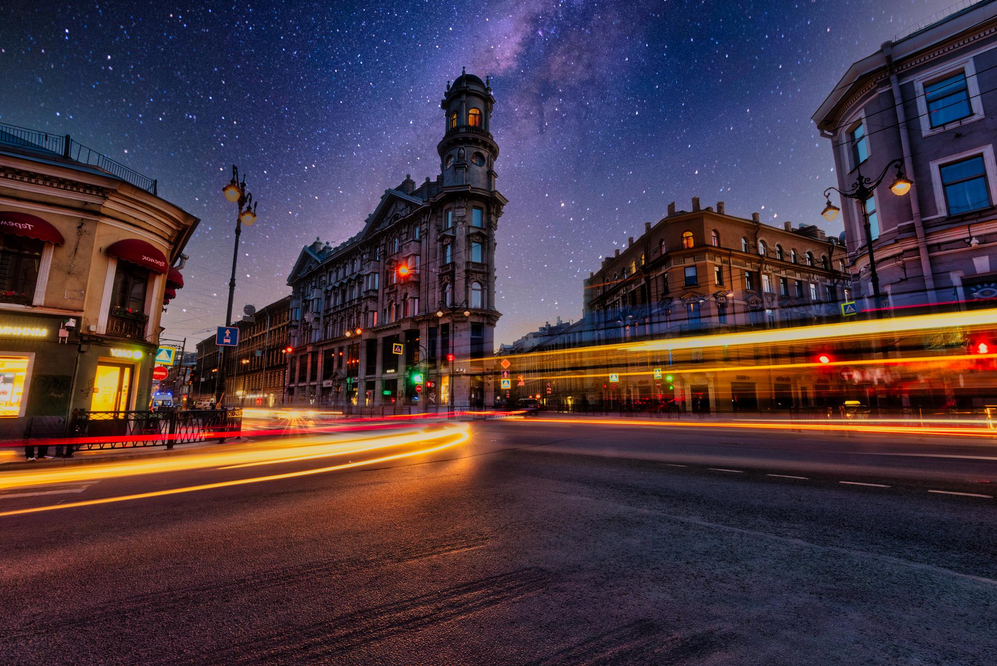 Light Night Traffic Urban 2000x1335