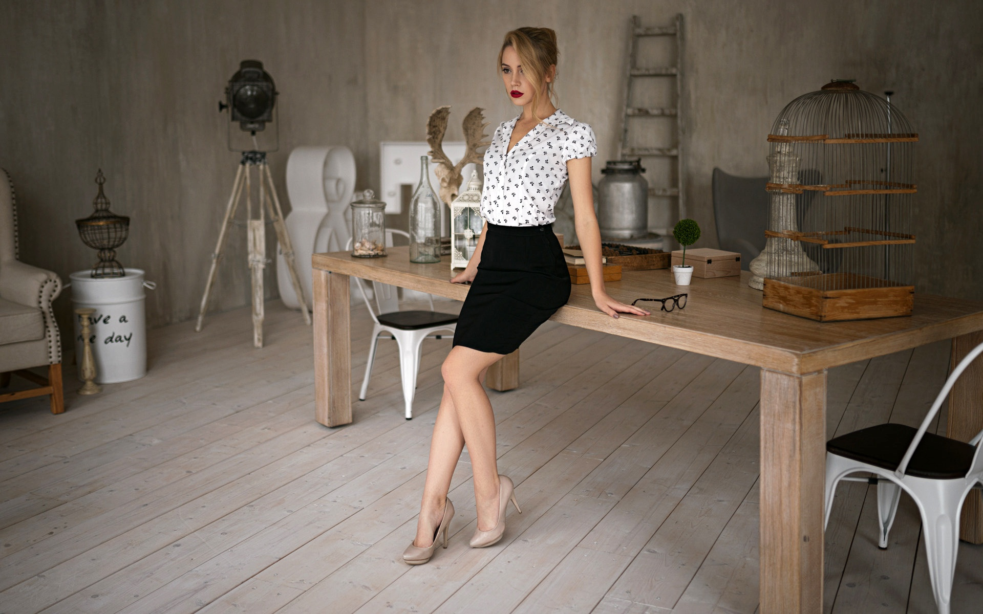 Model Skirt Woman Girl 1920x1200