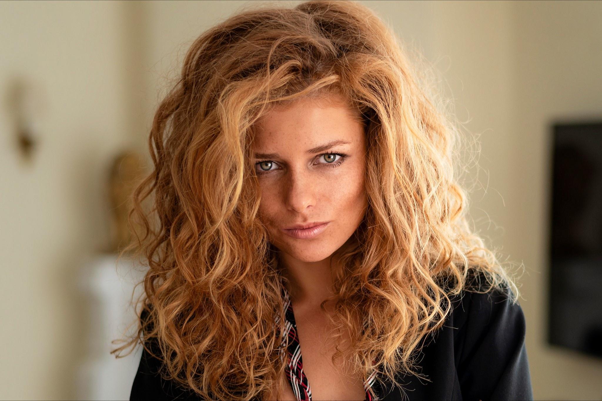 Woman Girl Face Blonde 2048x1366
