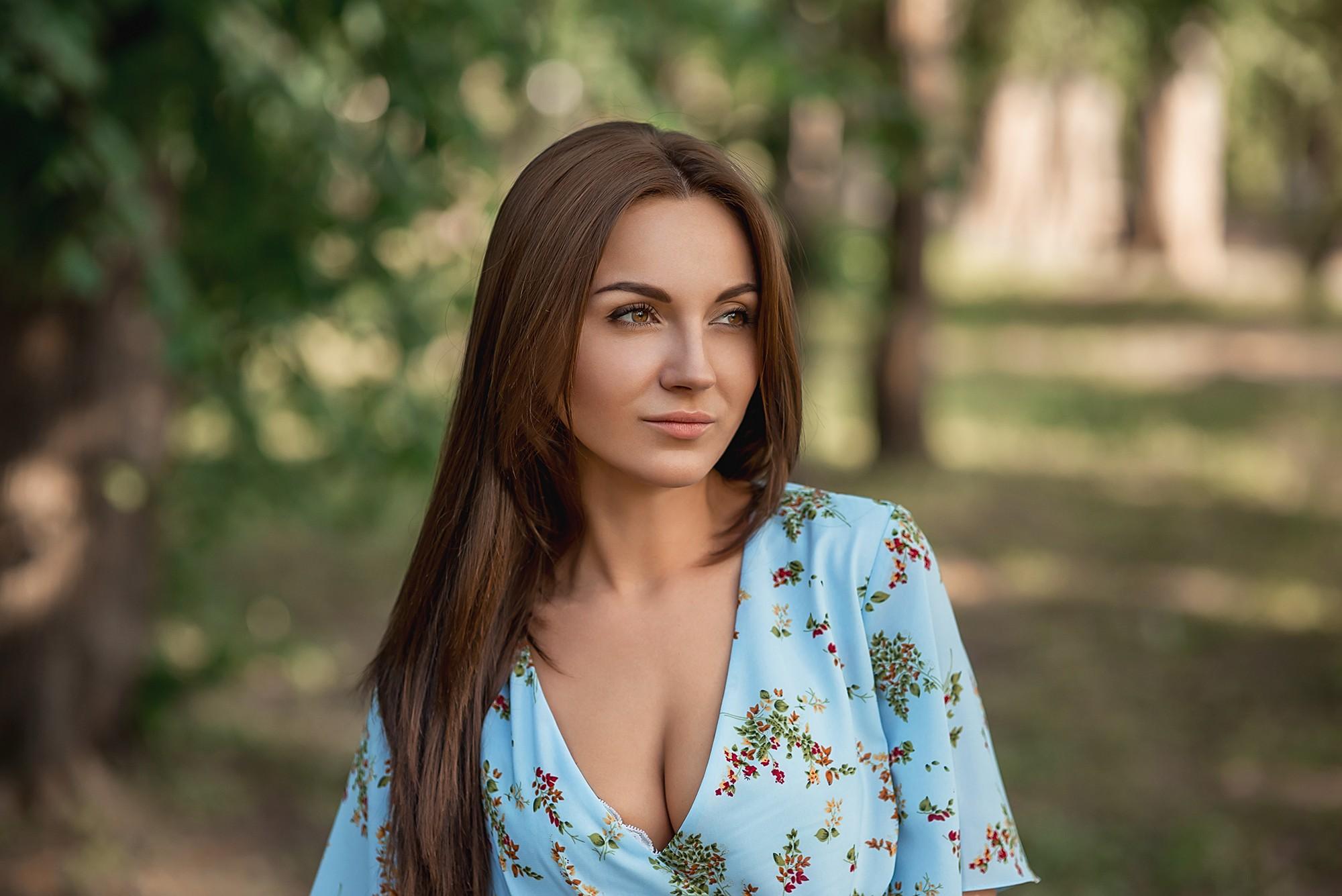 Women Portrait Women Outdoors Face Depth Of Field Looking Away Eyebrows 2000x1335
