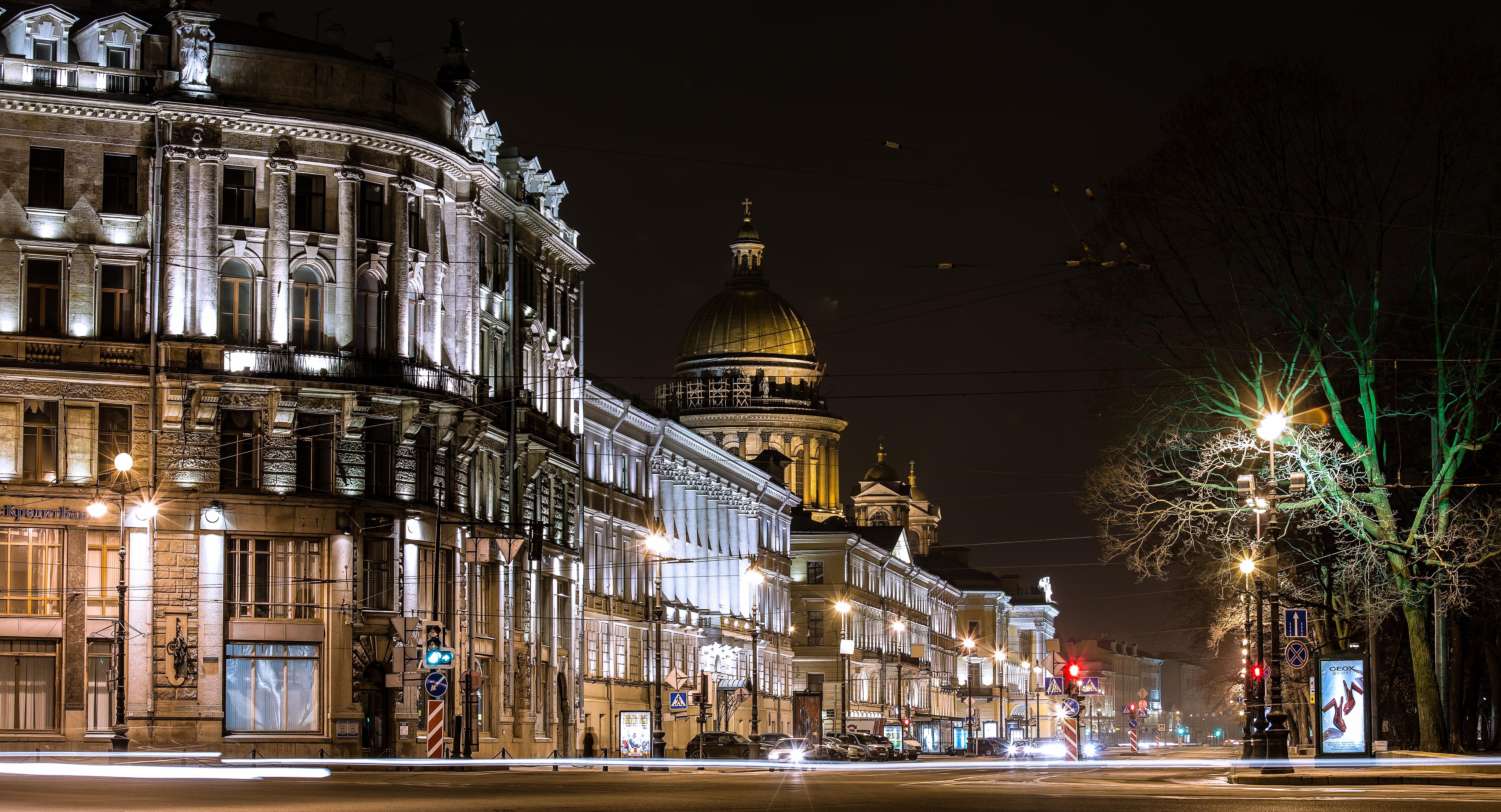 Man Made Saint Petersburg 5422x2936