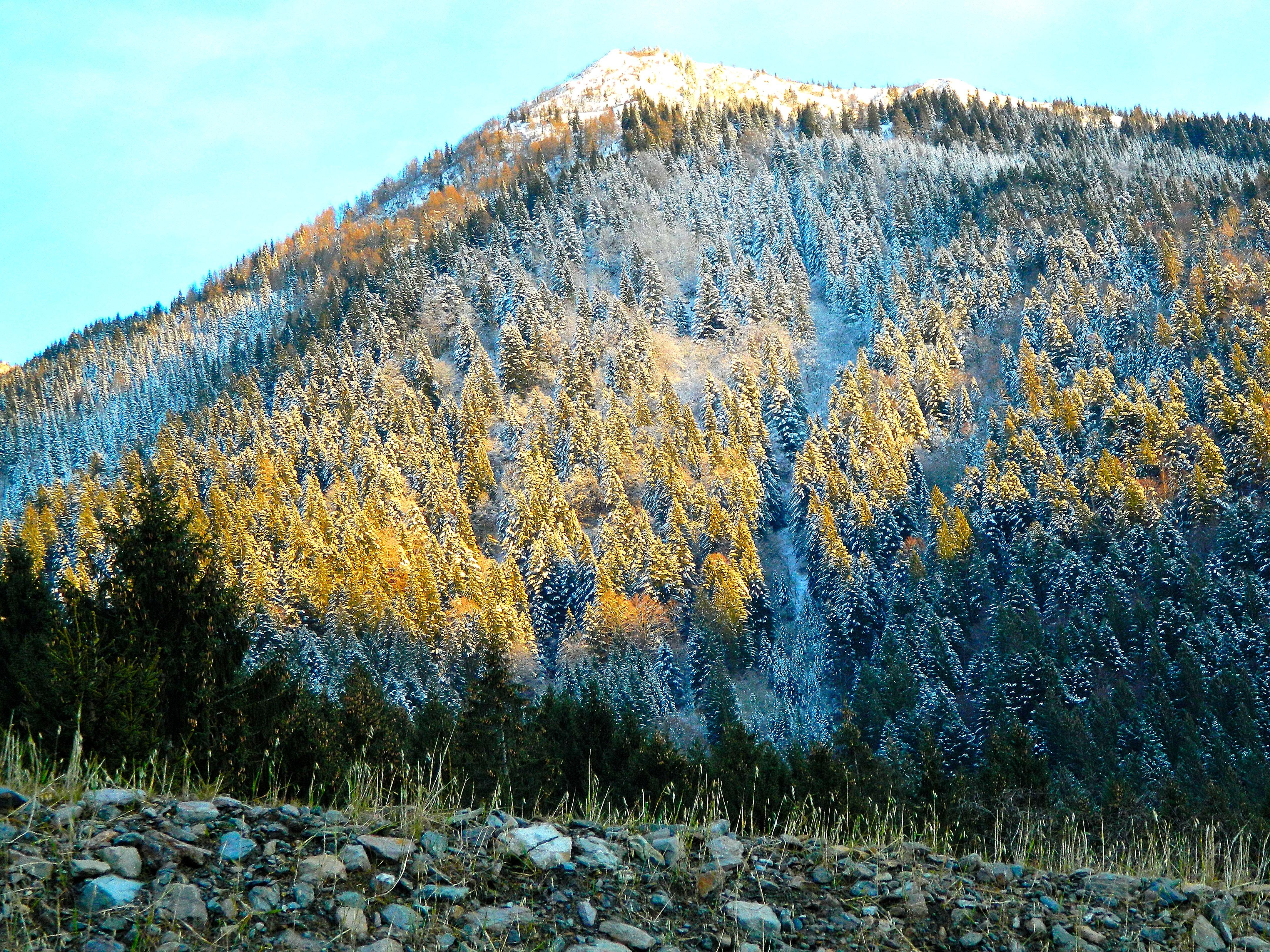 Earth Mountain 4320x3240