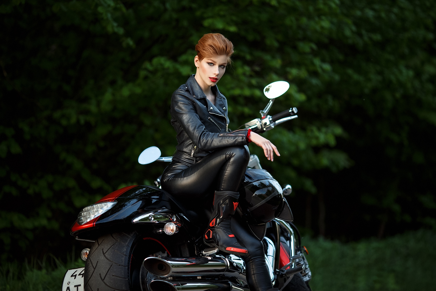 Anastasia Zhilina Women Model Redhead Short Hair Looking At Viewer Red Lipstick Leather Clothing Jac Wallpaper - Resolution:1800x1200 - ID:539657 - wallha.com
