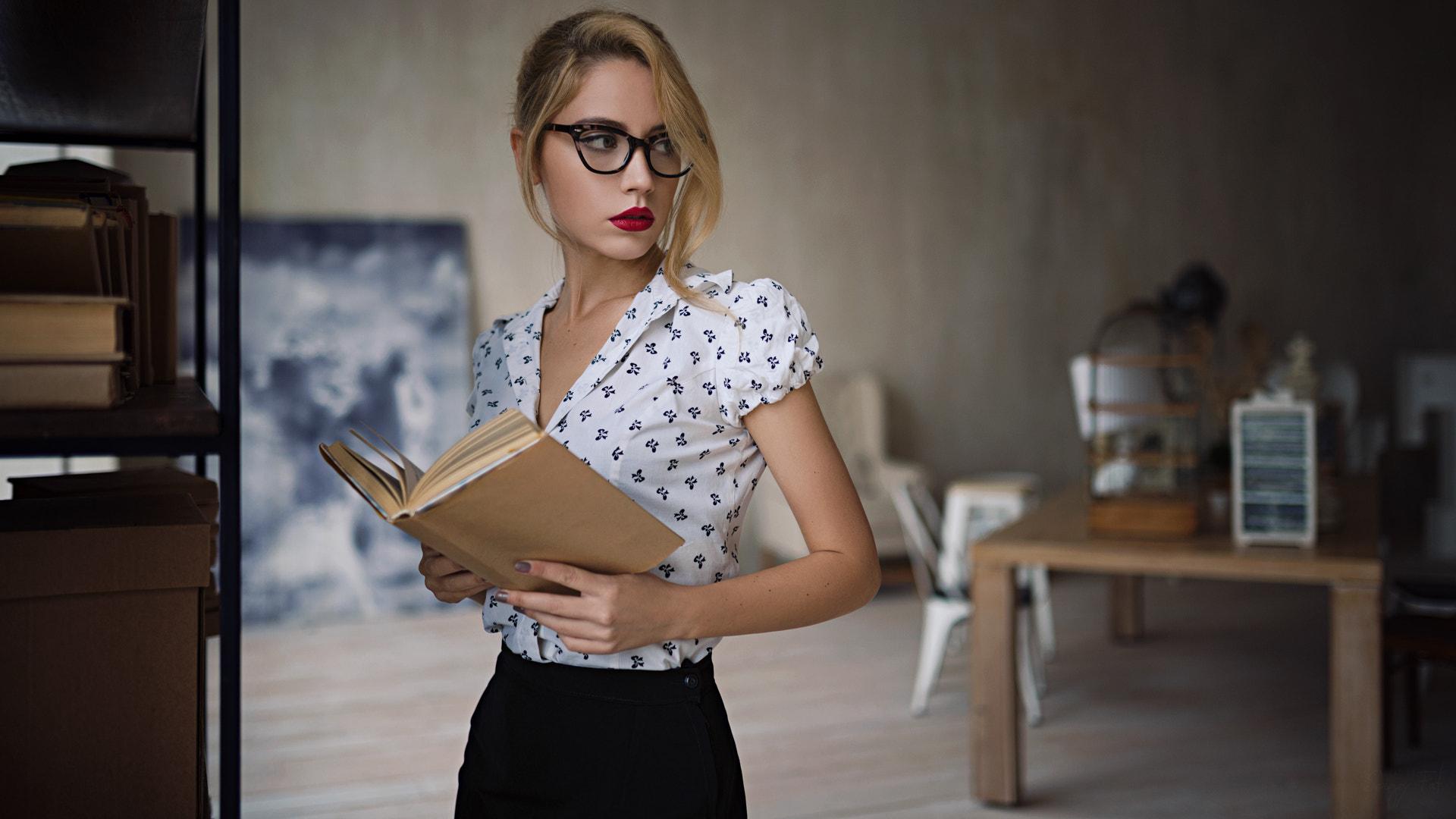Women Sergey Fat Ksenia Kokoreva Red Lipstick Blonde Books Women With Glasses Portrait Looking Away  1920x1080