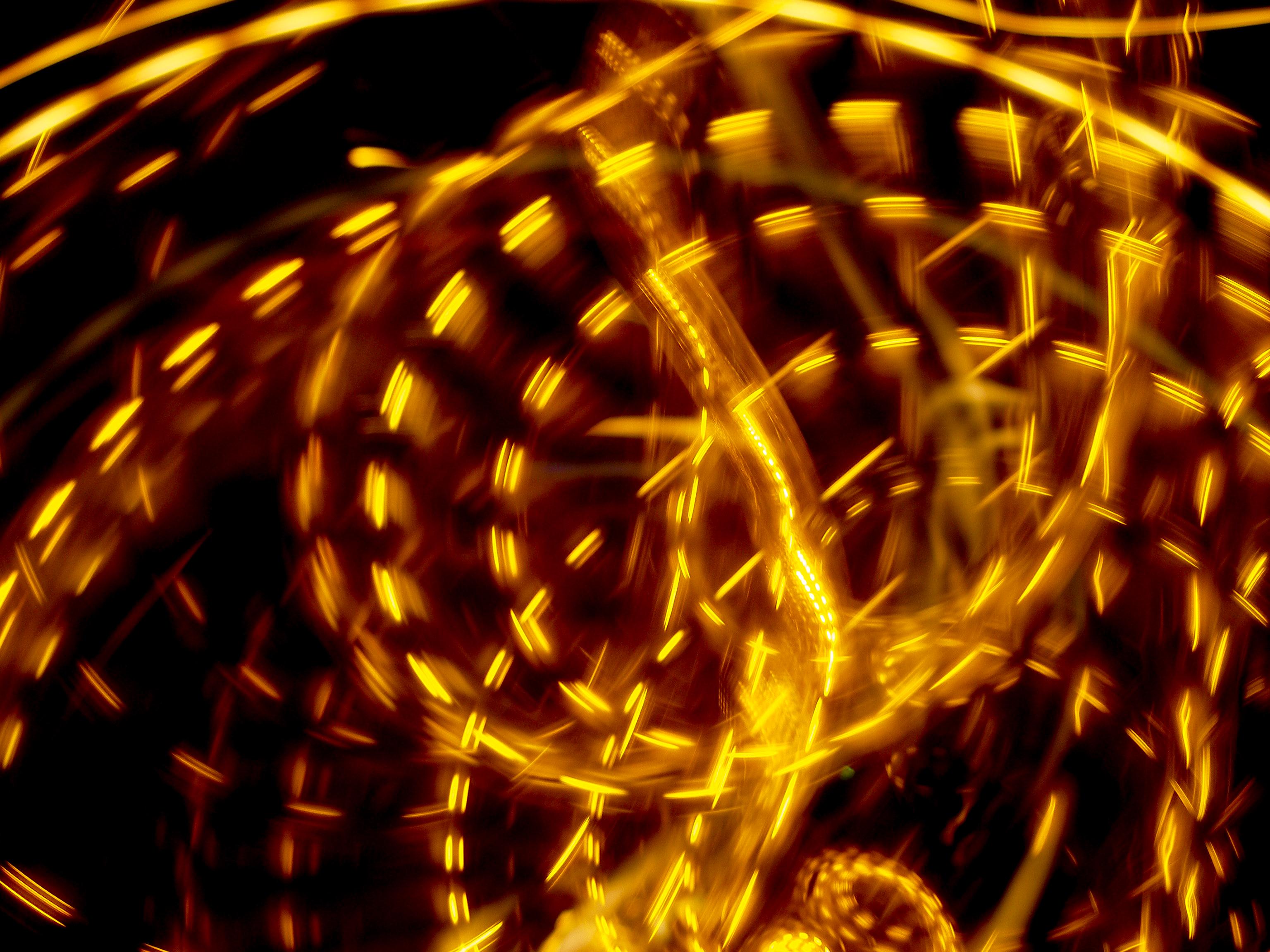 Camera Toss Kinetic Artistic Photography Yellow Light Swirl Light Trails 3072x2304